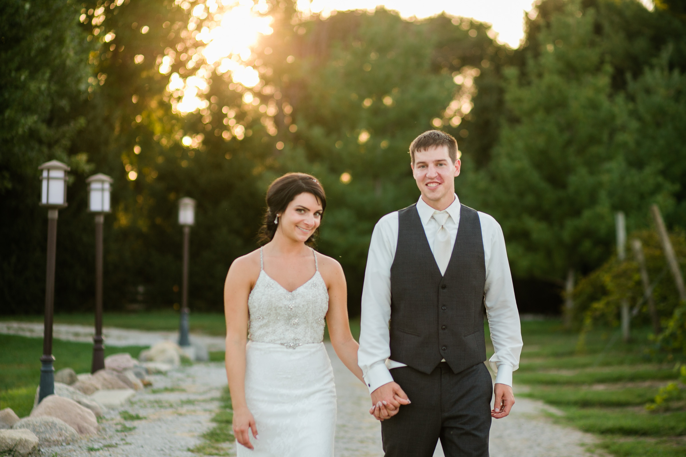 Des Moines Wedding Photographers Amelia Renee Photography