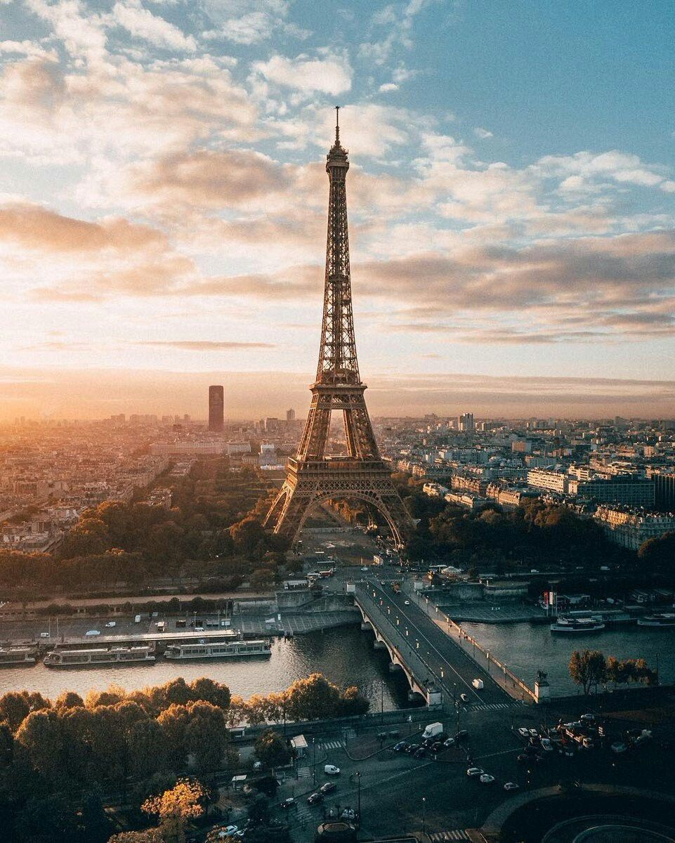 the-eiffel-tower-and-paris-at-sunset
