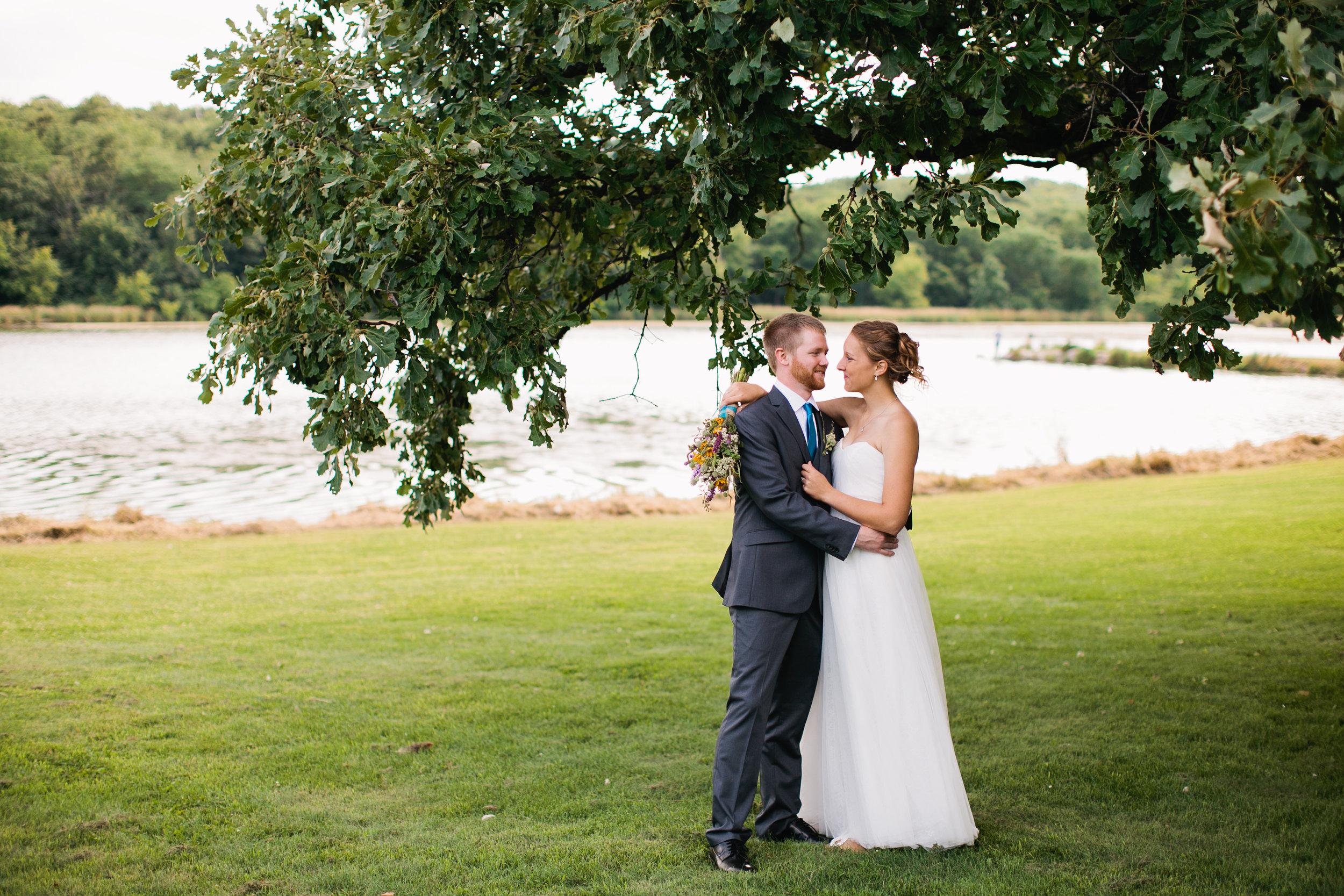 wedding photos by water at hickory hills park la porte city iowa