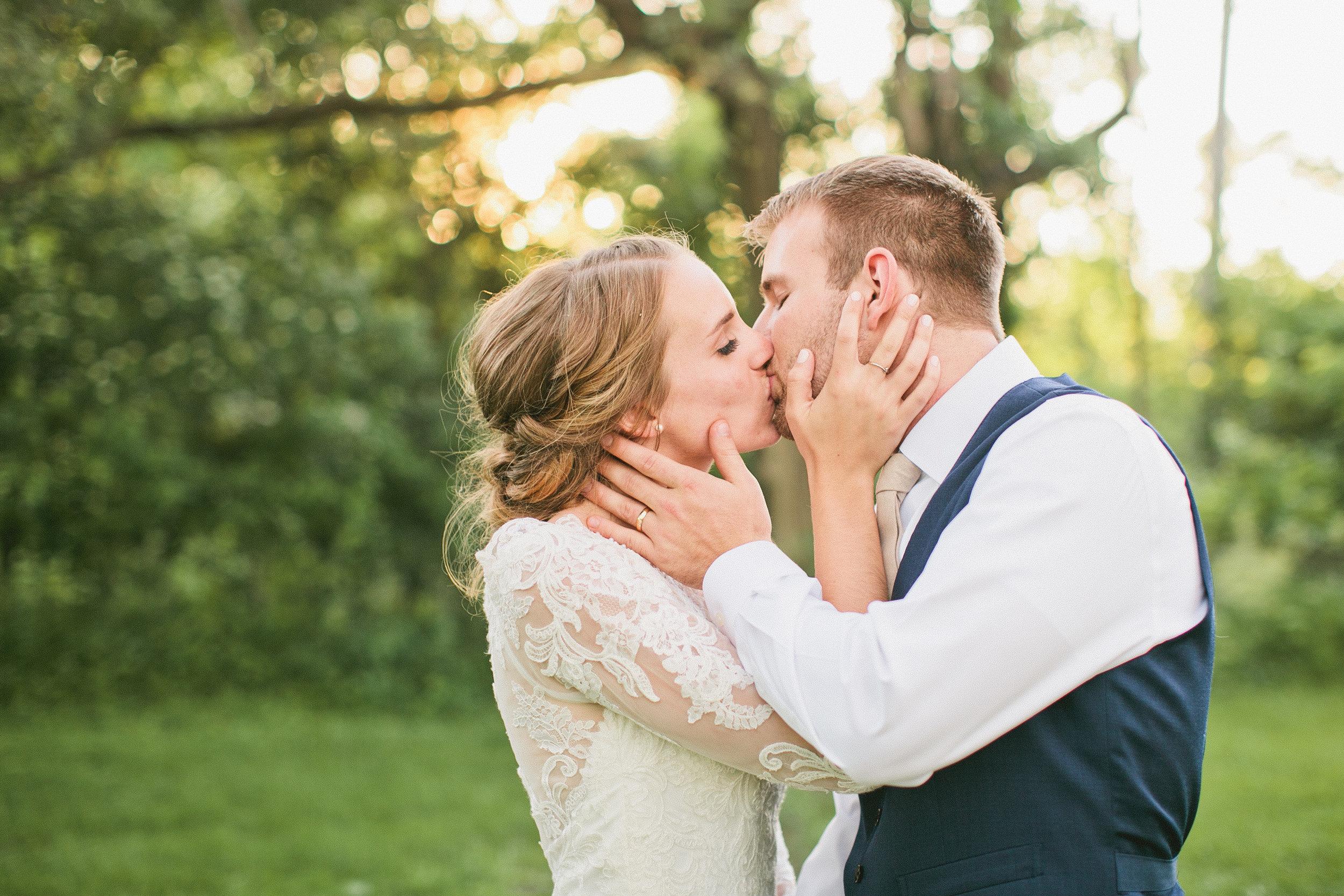 best rated omaha wedding photographers