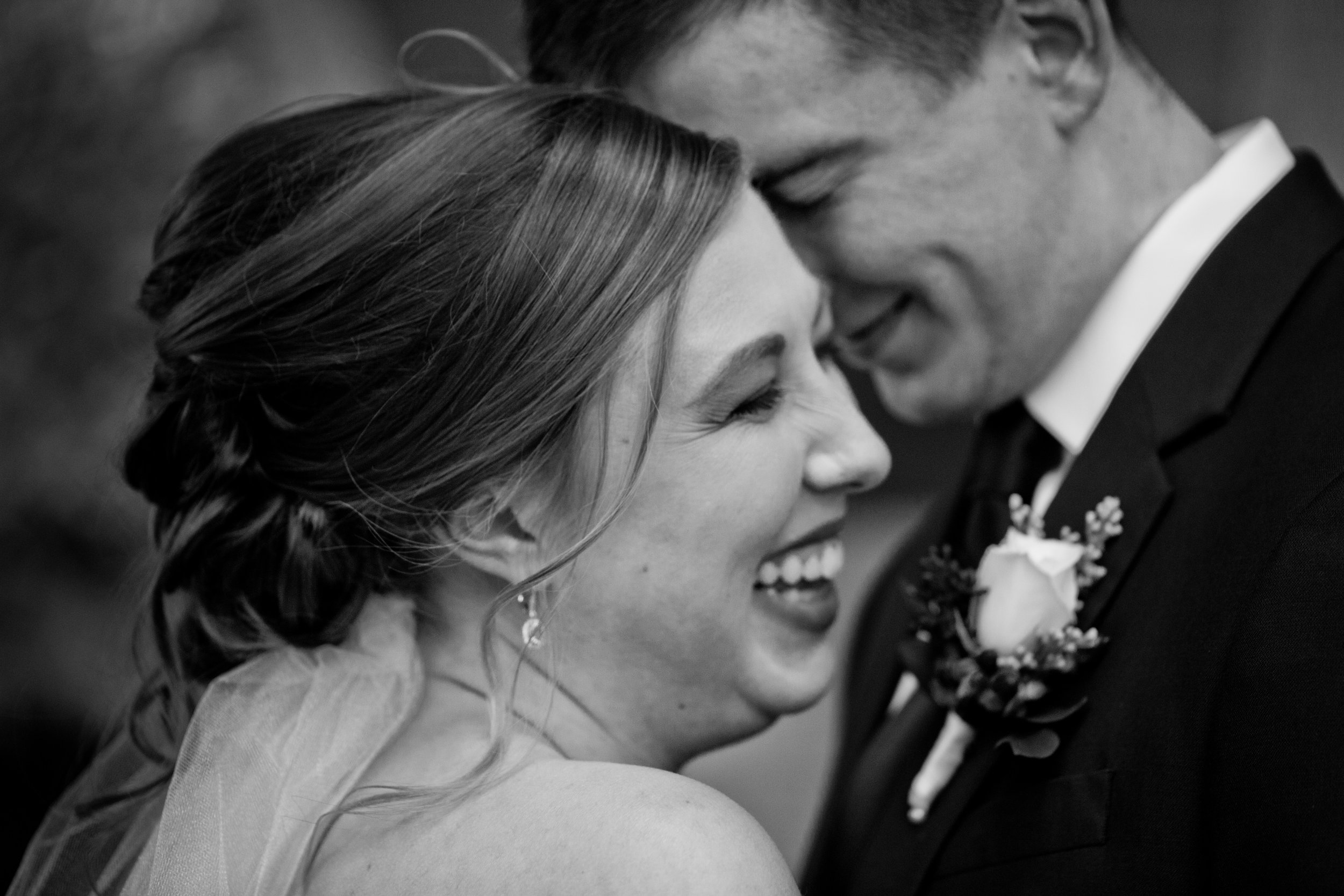 Kenzie-Nick-des-moines-wedding-photographer-118.jpg
