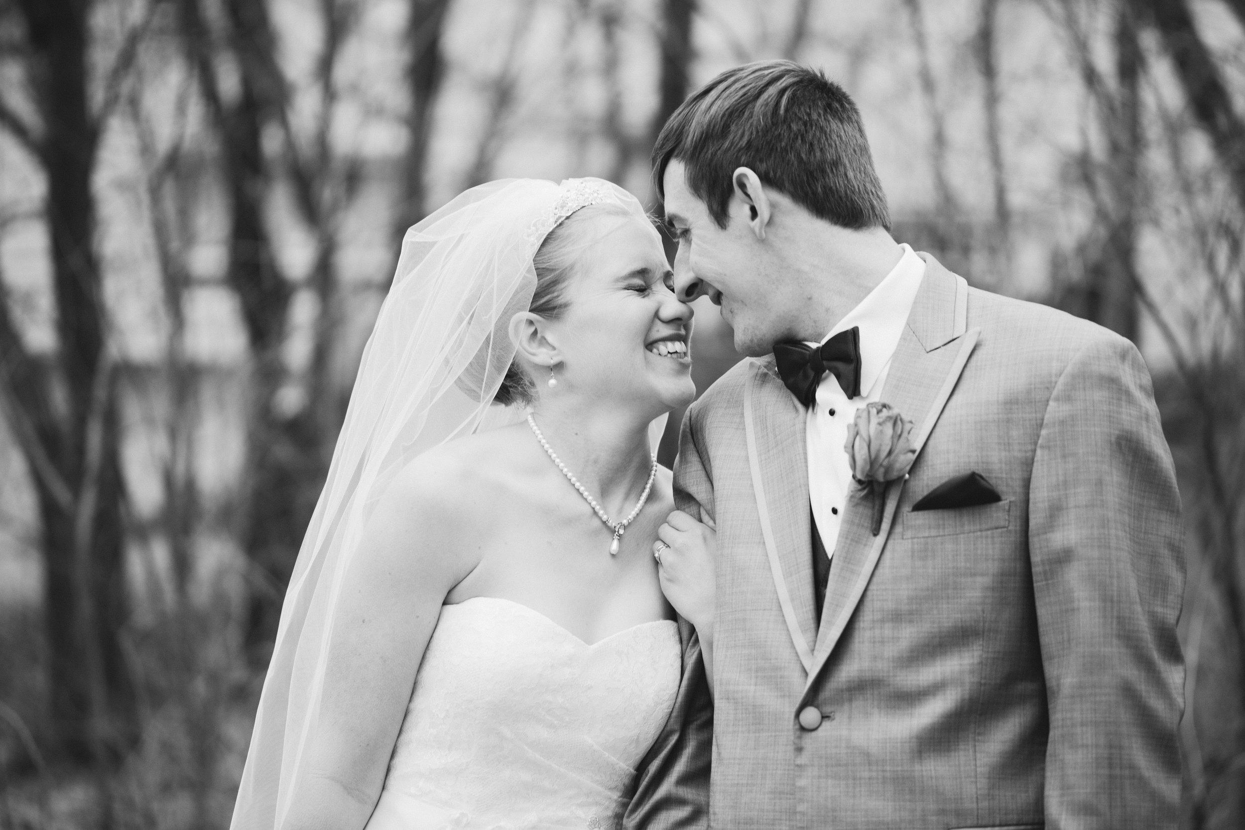 wedding photographers in pella iowa