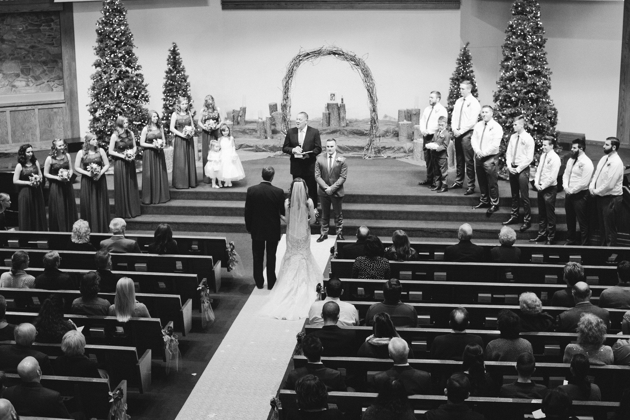 waterloo-ia-wedding-church-venues