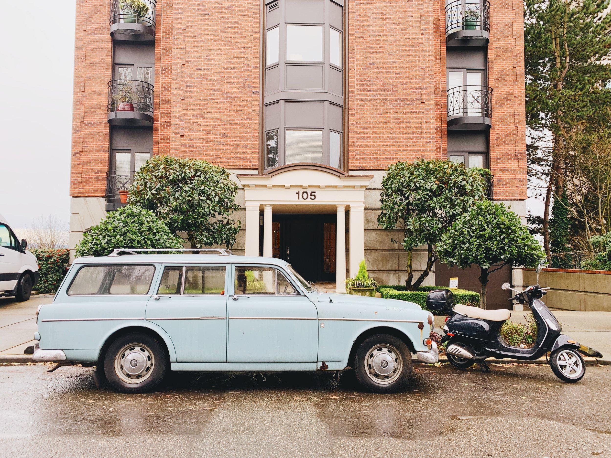 vintage blue station wagon volvo
