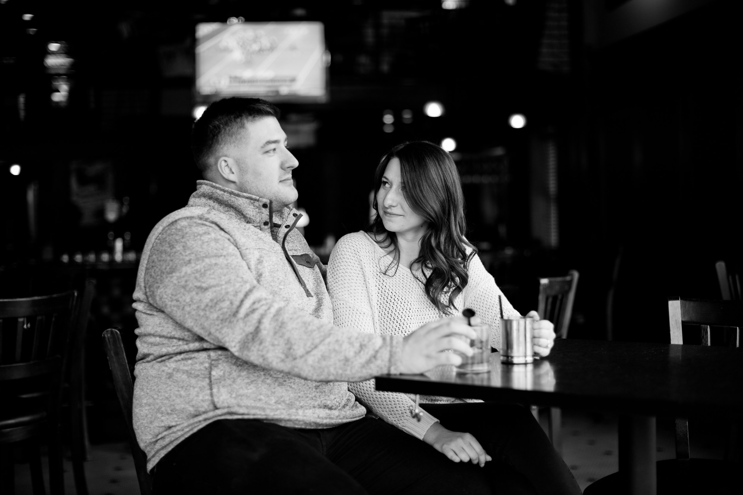 engagement pictures des moines downtown coffee shop