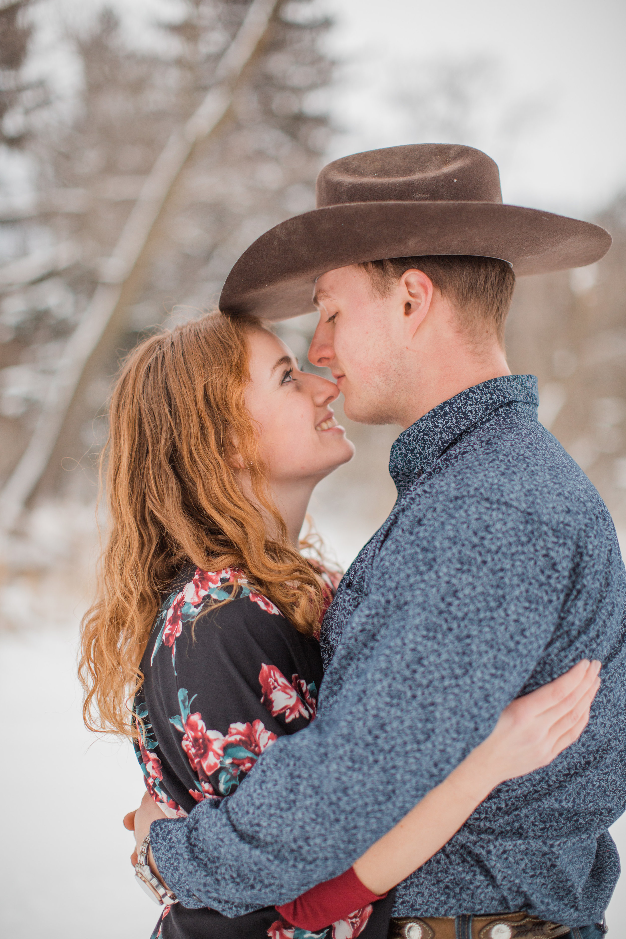 light and airy wedding photographers in Des Moines iowa Amelia Renee Photography