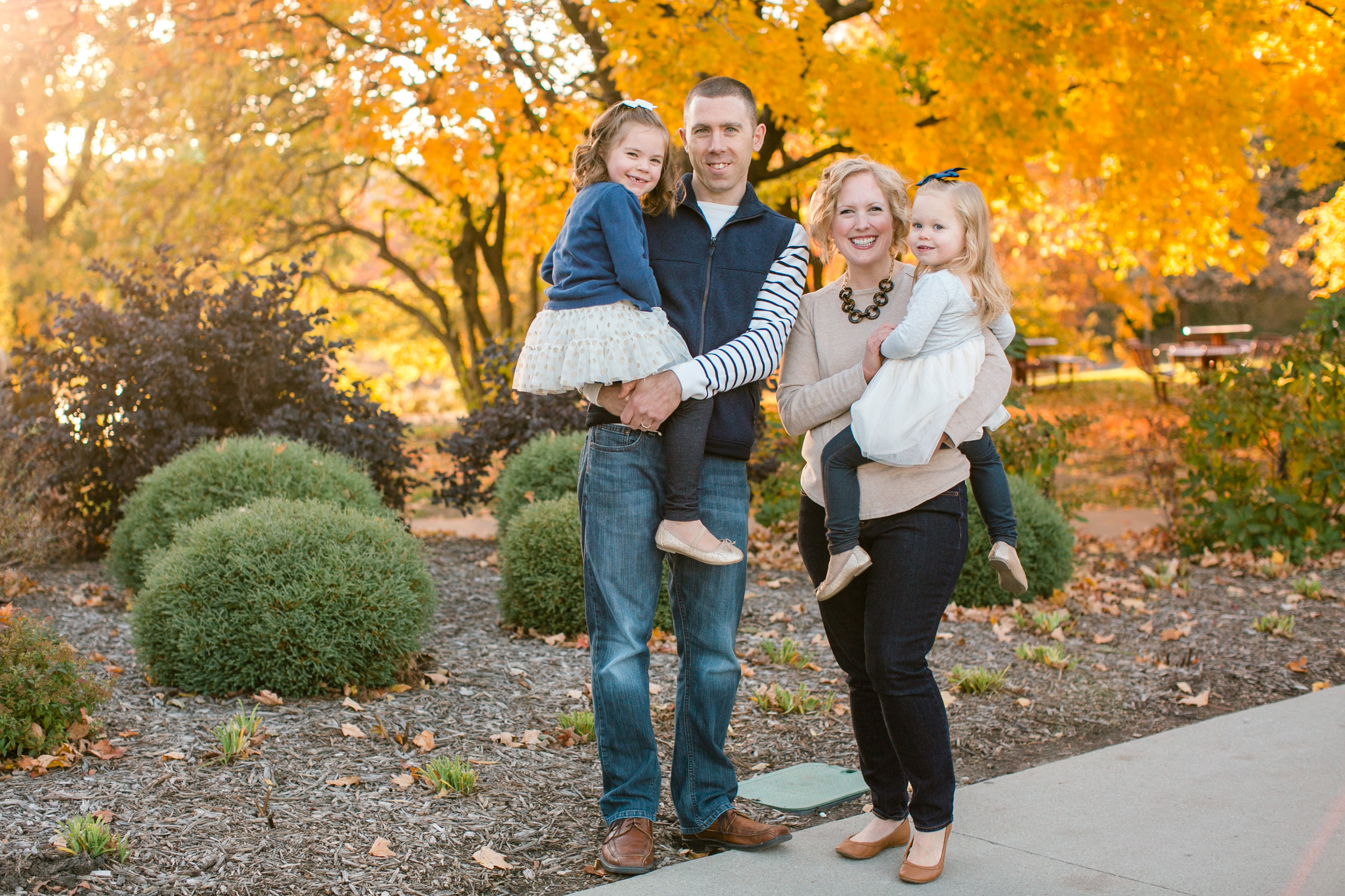 des moines central iowa ames ankeny family photographers good with kids