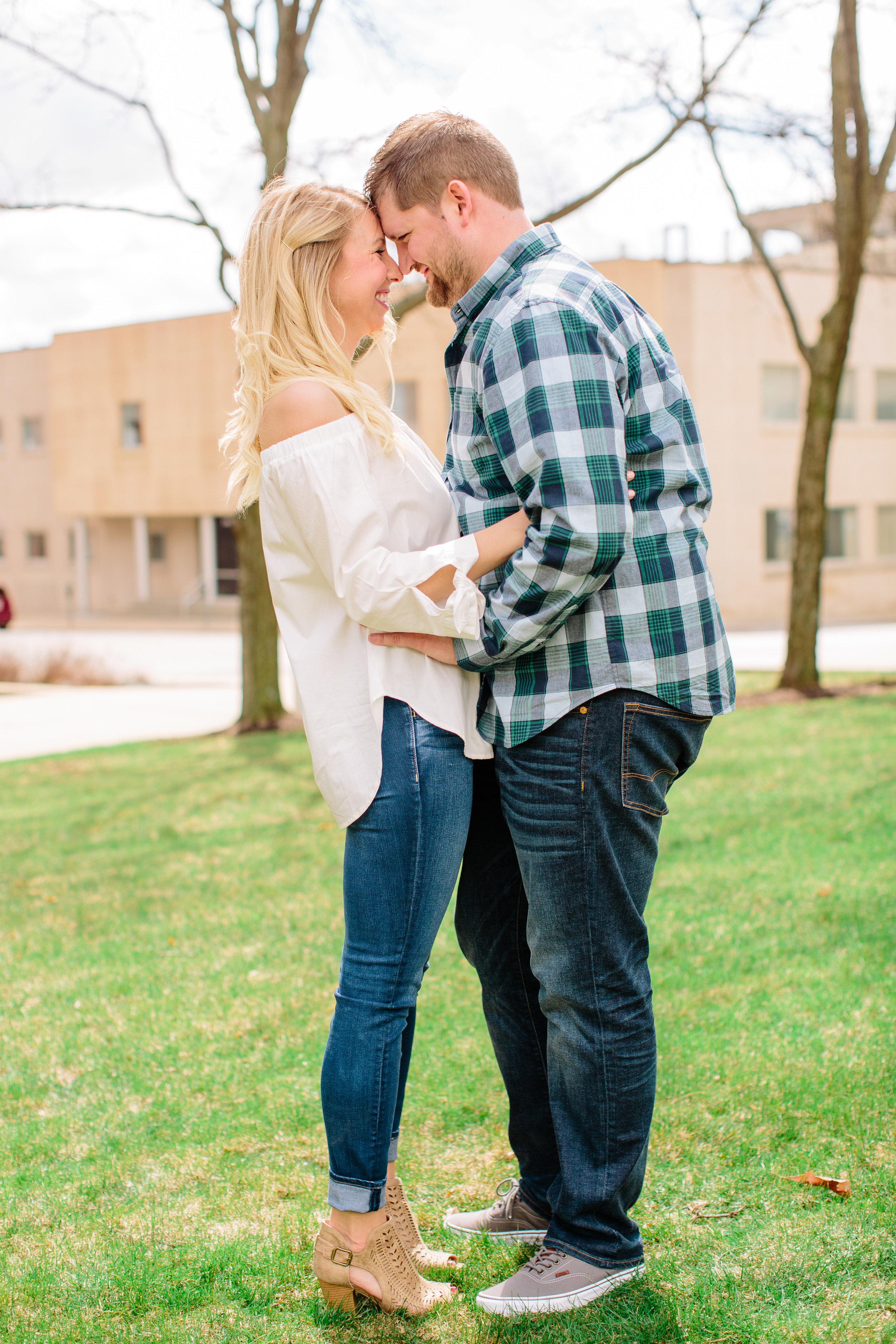 Alyssa Carter // Downtown Des Moines Engagement Photos