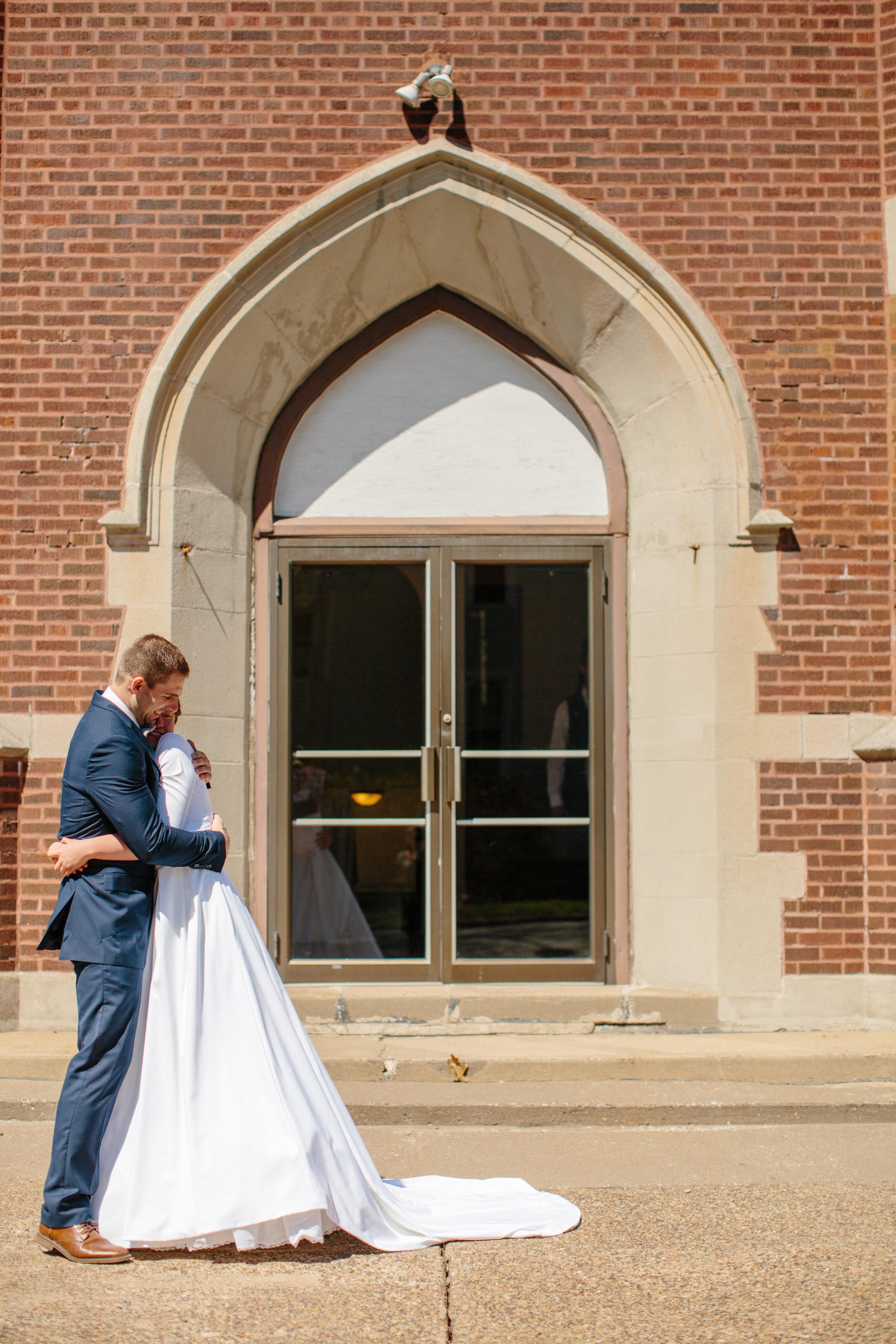 Elizabeth-Trevor-wedding-20.jpg