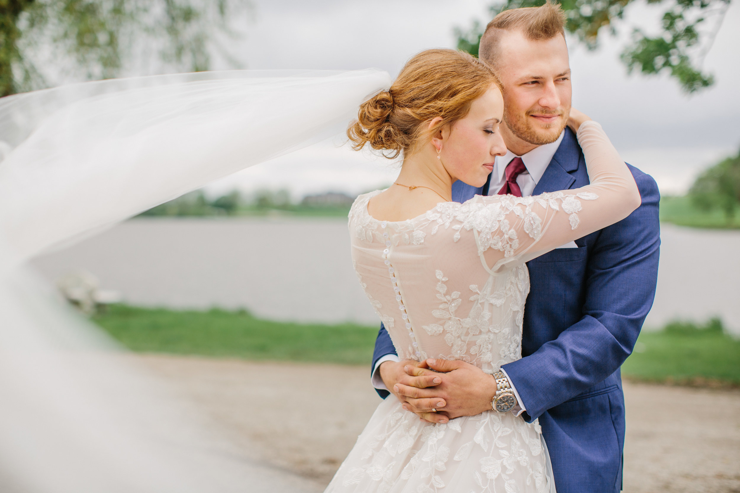 Des Moines wedding photographers to hire for 2020 Amelia Renee Photography
