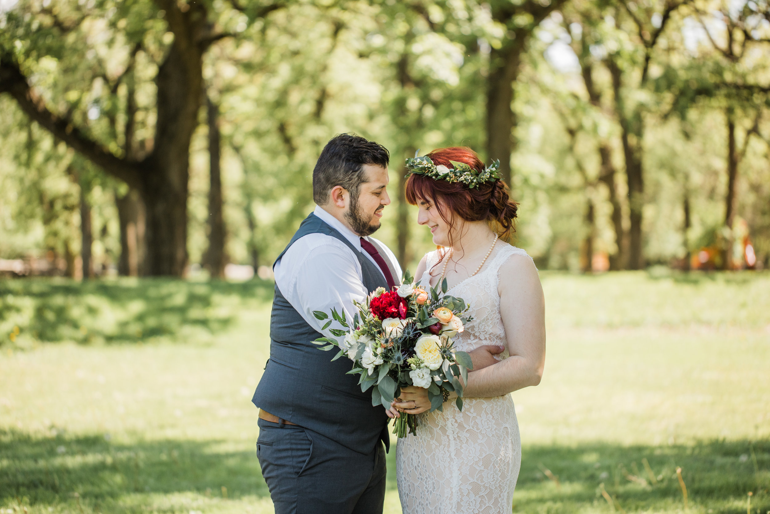 romantic iowa outdoors wedding first look photos lace dress