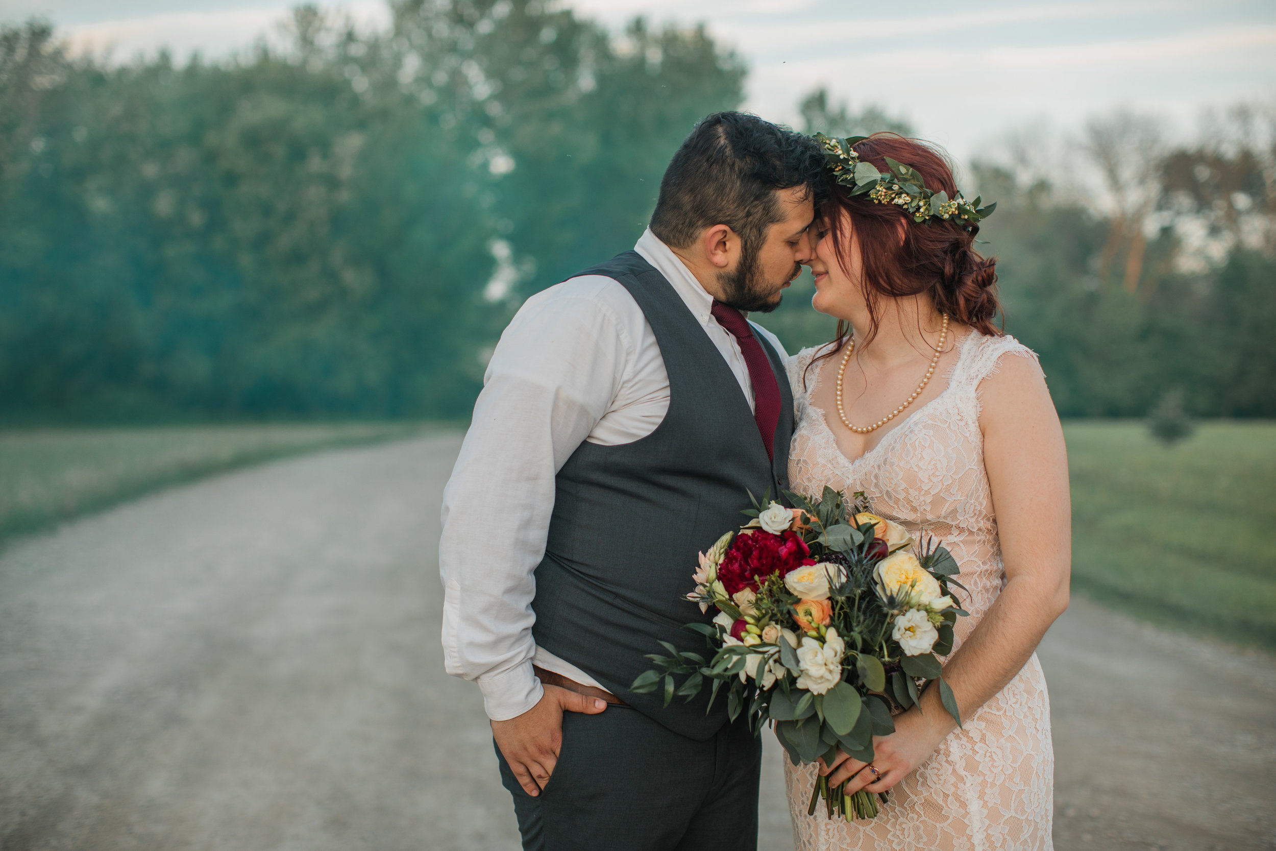 wedding photography cool smoke bombs des moines iowa amelia renee