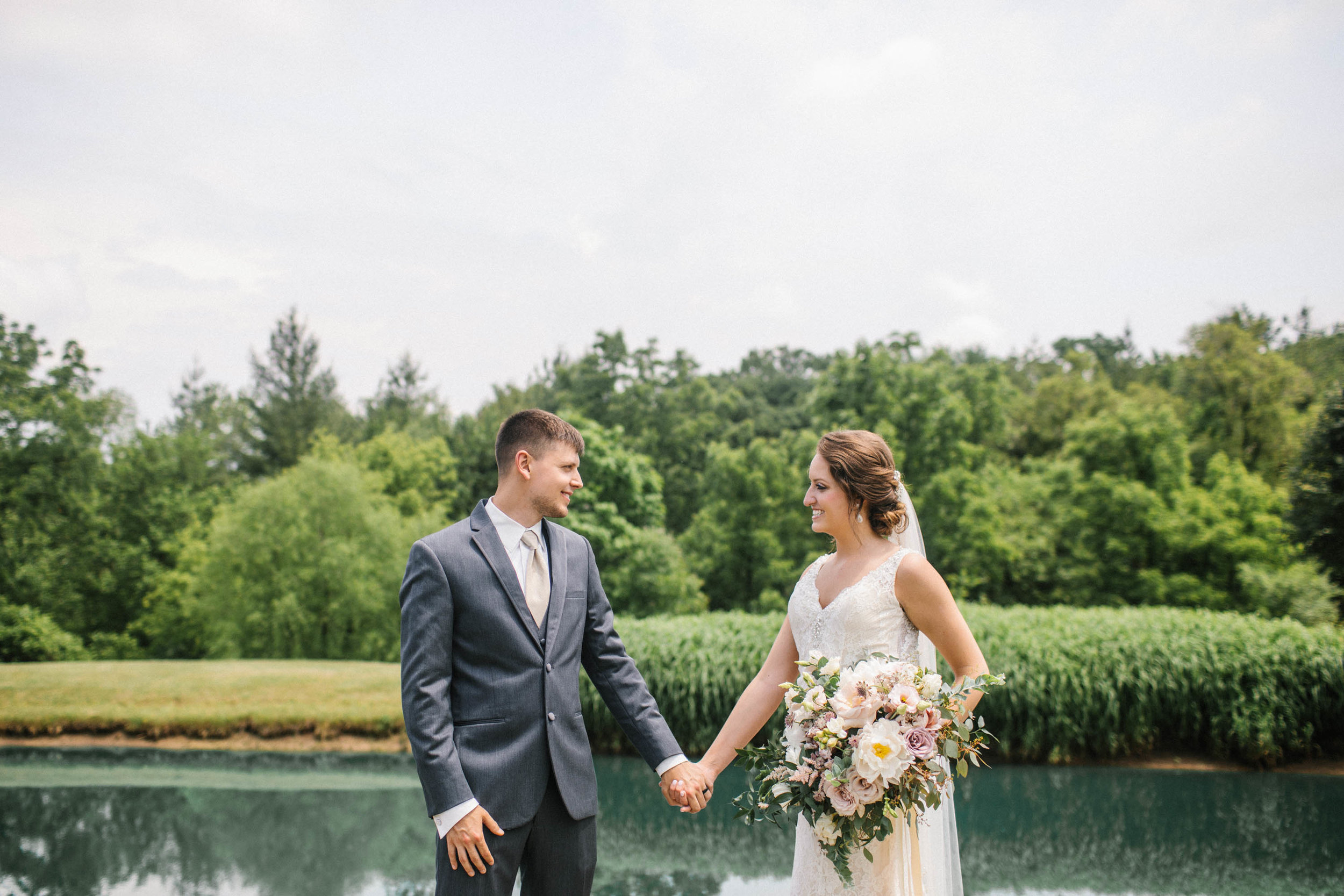 Pella wedding photographers iowa Jenna and Treye