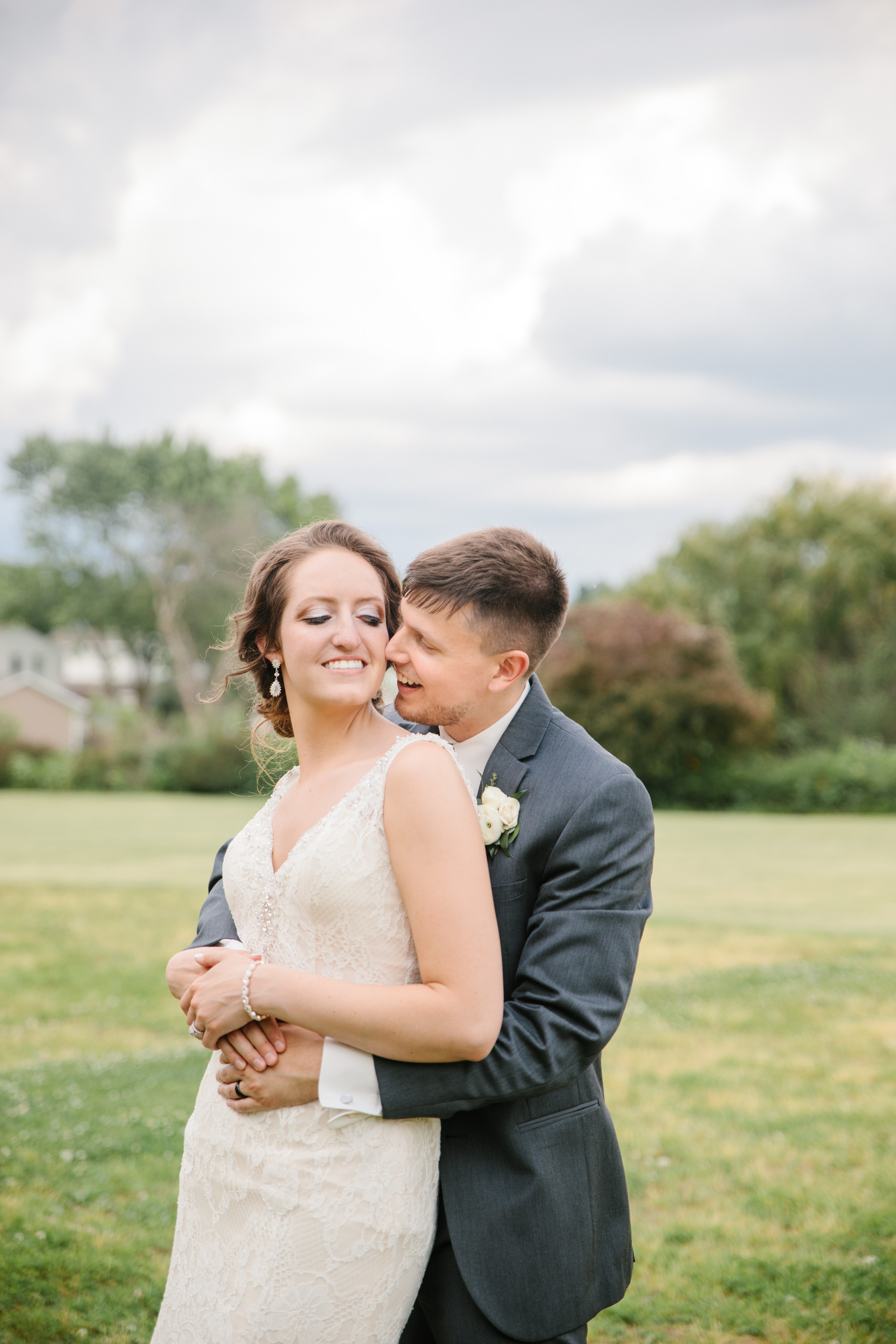 pella_wedding_photographers_iowa_des_moines_jenna_treye_30