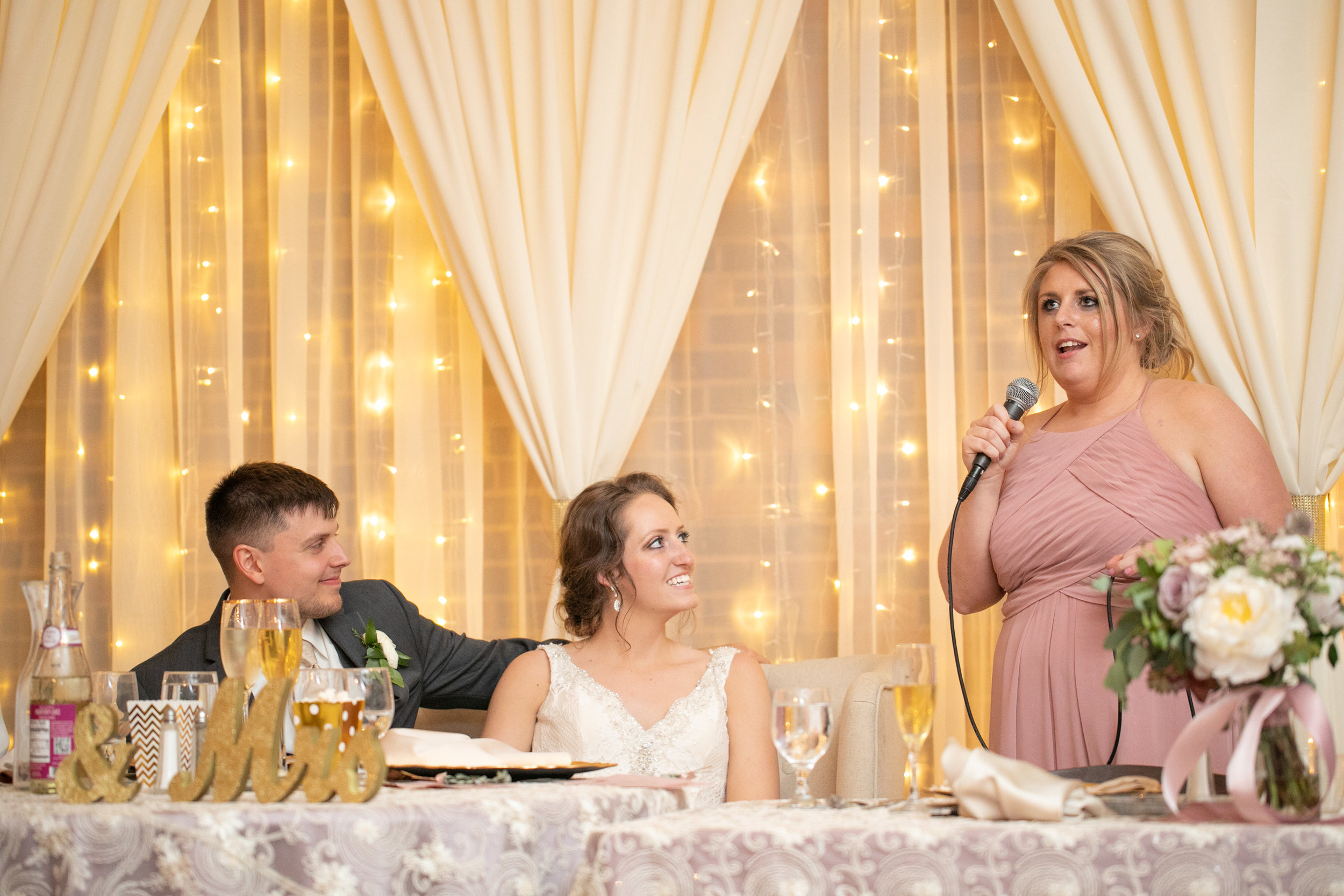 pella_wedding_photographers_iowa_des_moines_jenna_treye_33
