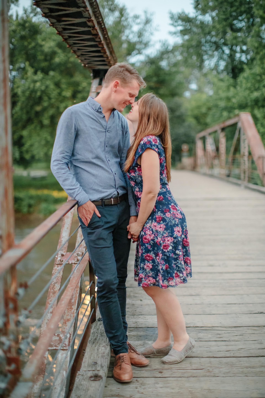 Colorado destination wedding photographers amelia renee pictures on bridge for engagement