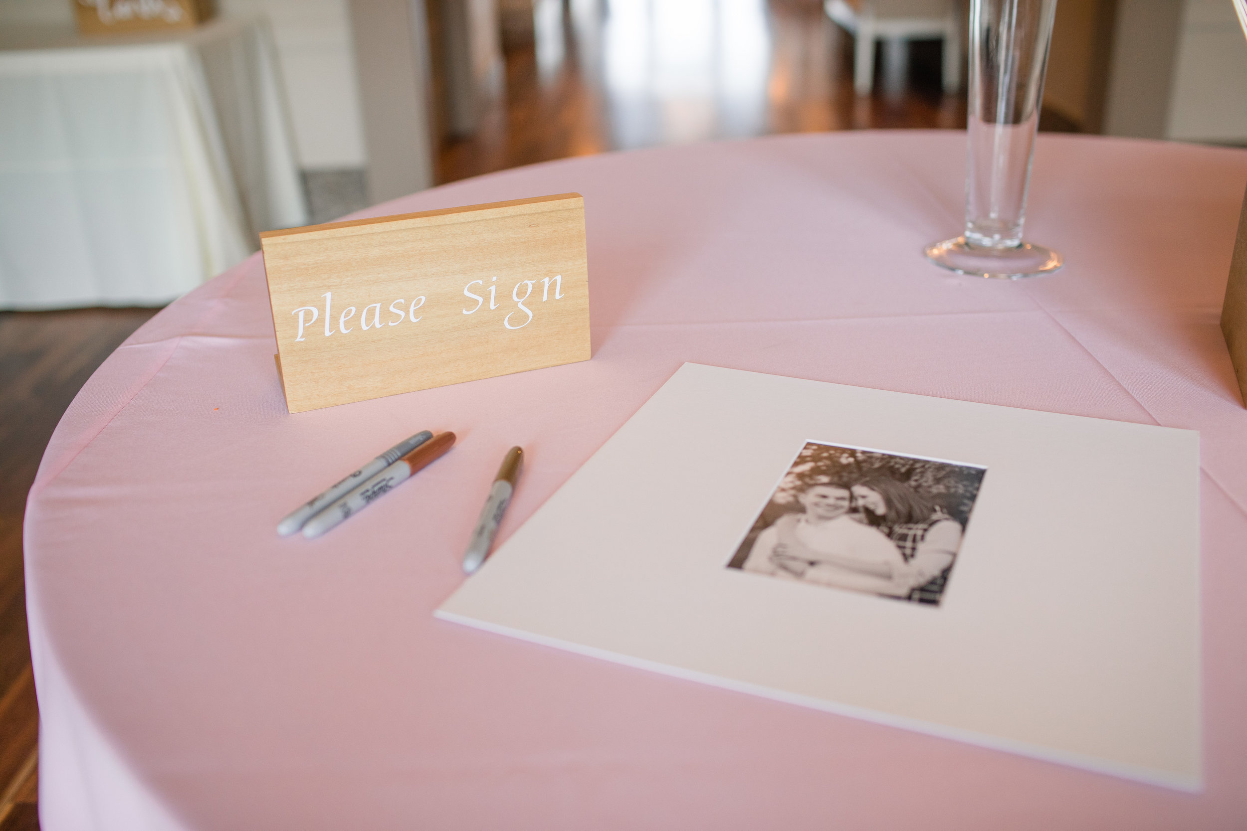 nicole_kyle_west_des_moines_iowa_wedding_photographers_10.jpg