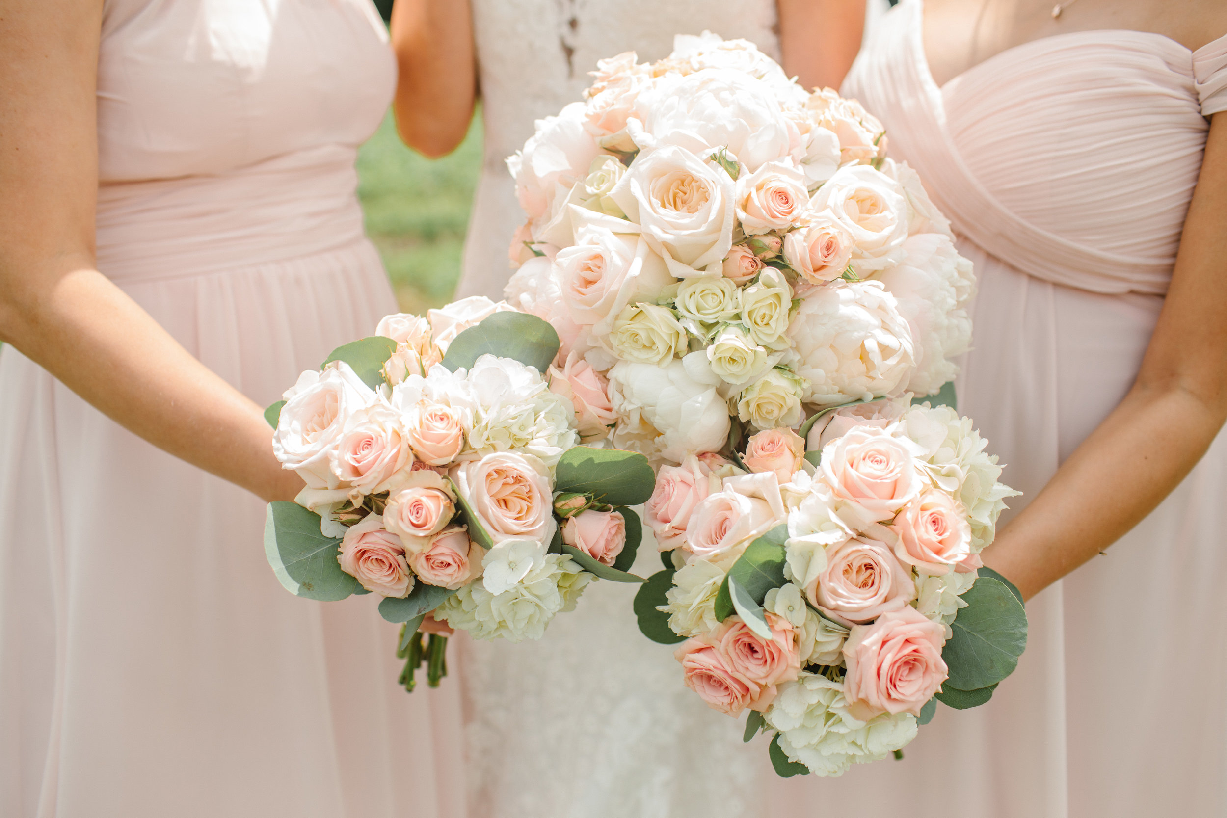 something chic floral west des moines wedding flowers
