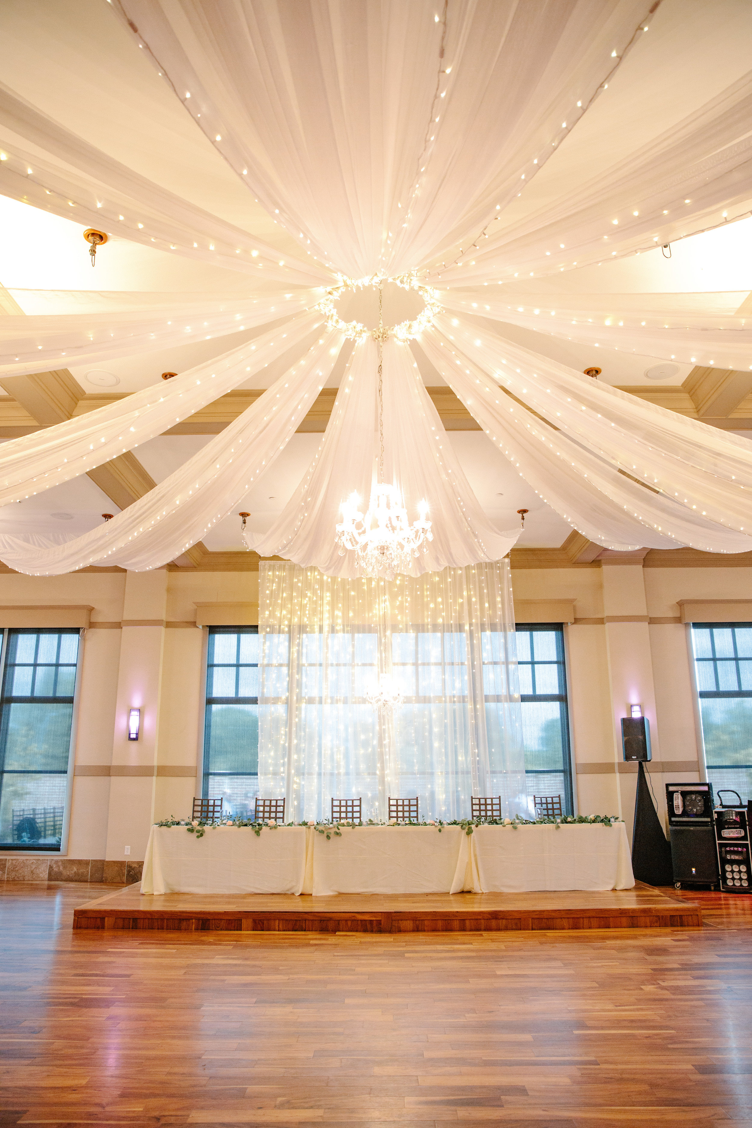 wedding_NOAHs_event_venue_des_moines_iowa