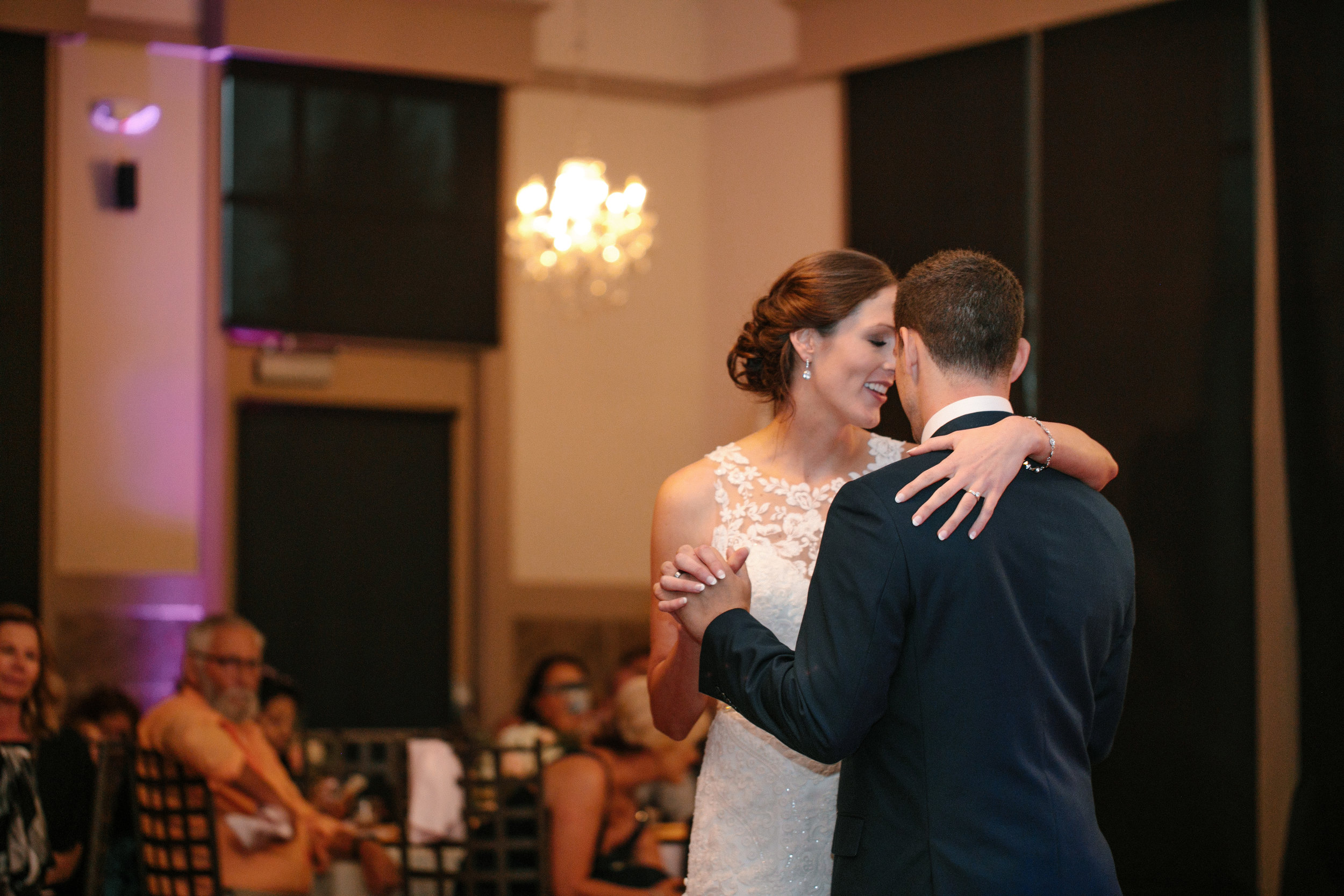 johnston_des_moines_iowa_weding_photographers