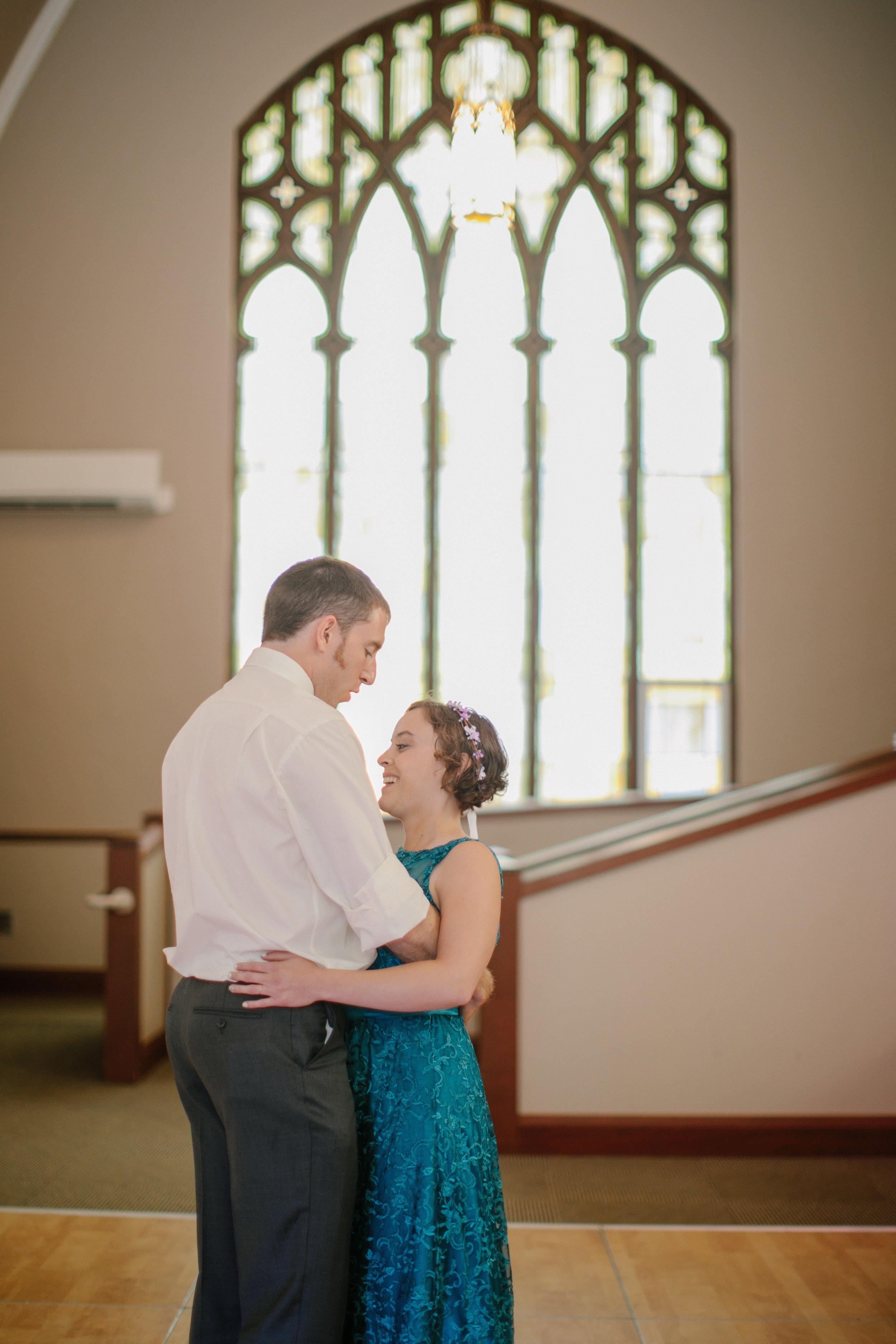 first dance phtoos rosemount wedding venues