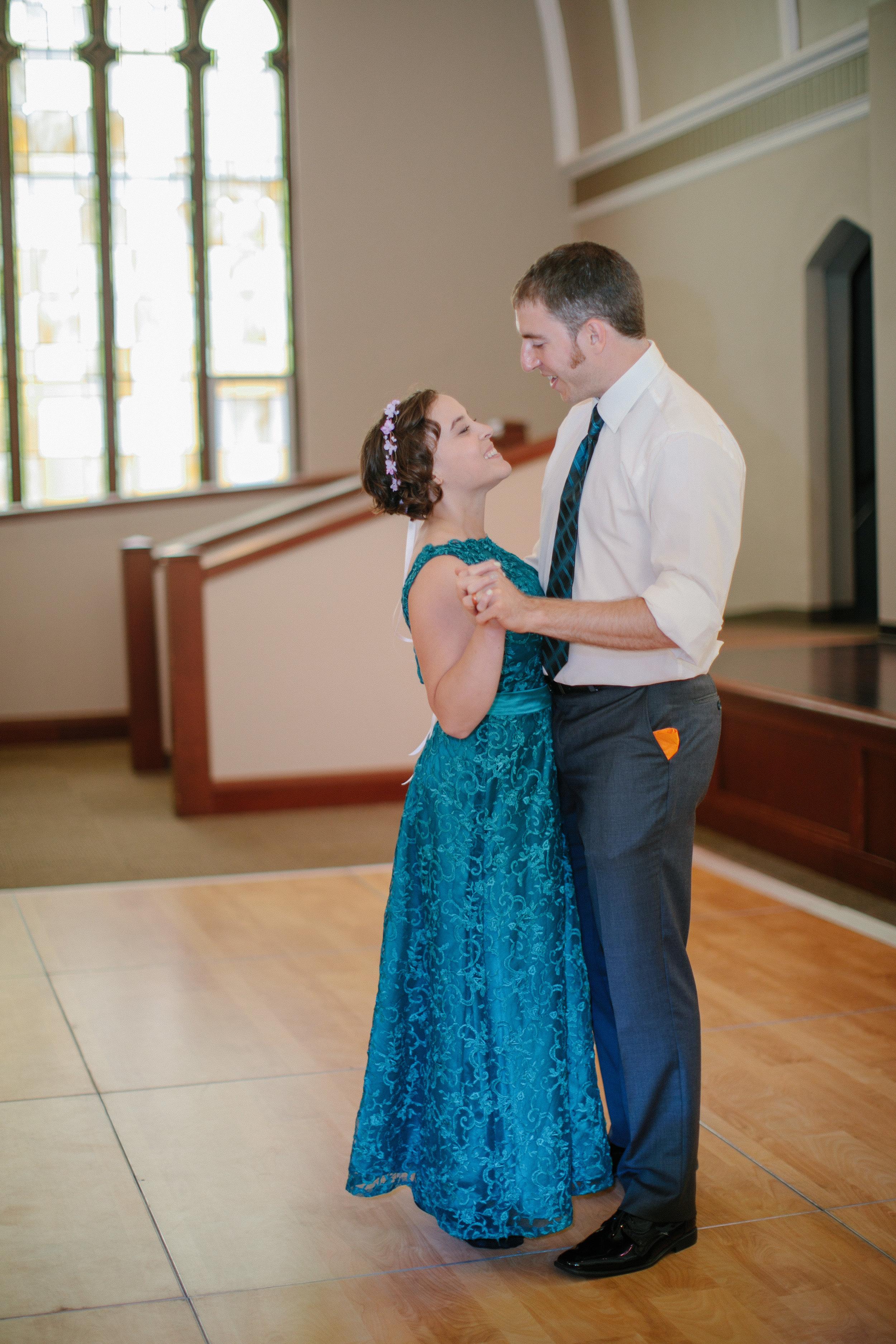 Rosemount_Steeple_Center_MN_Wedding-Photography-293.jpg