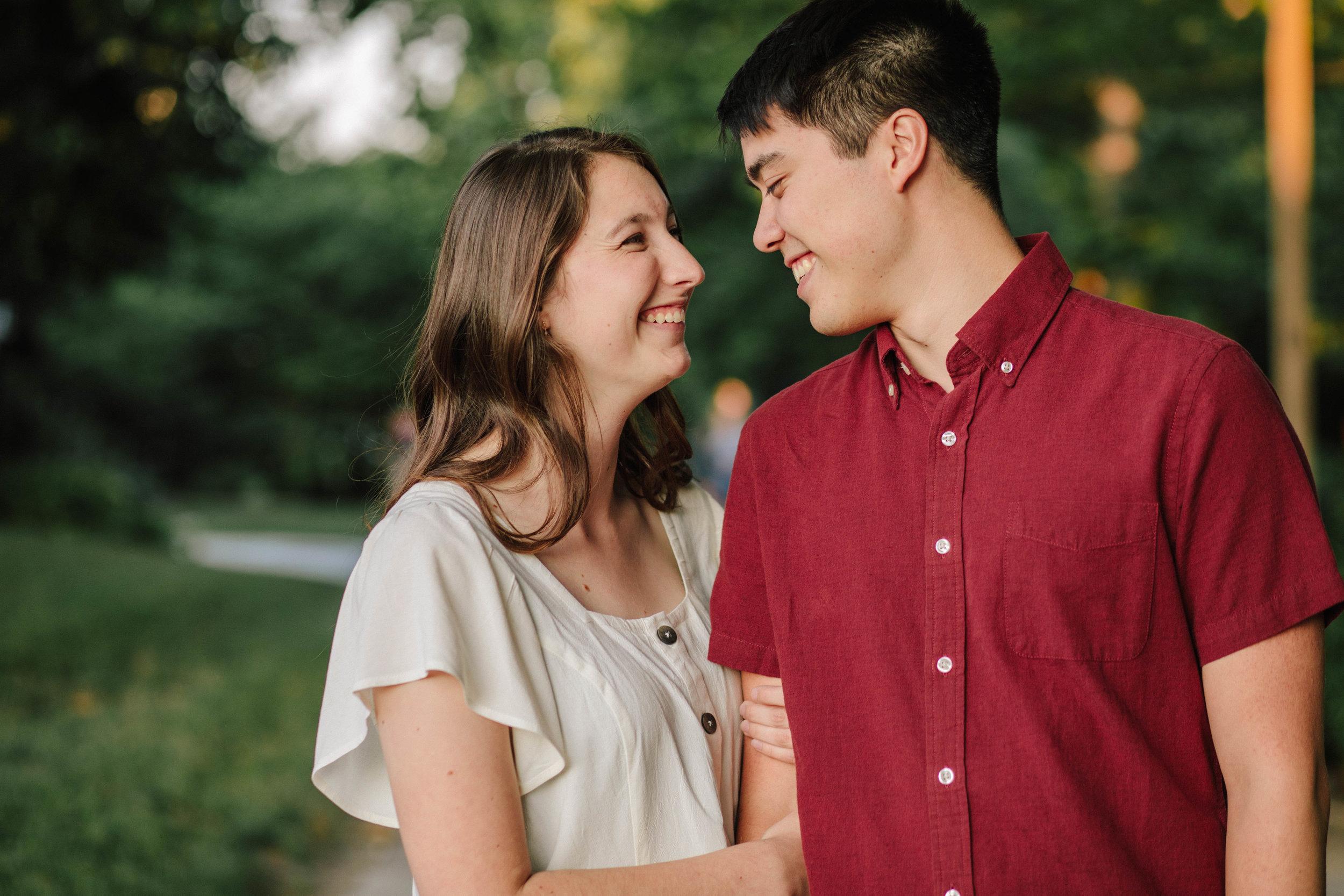 cute summer engagement photos