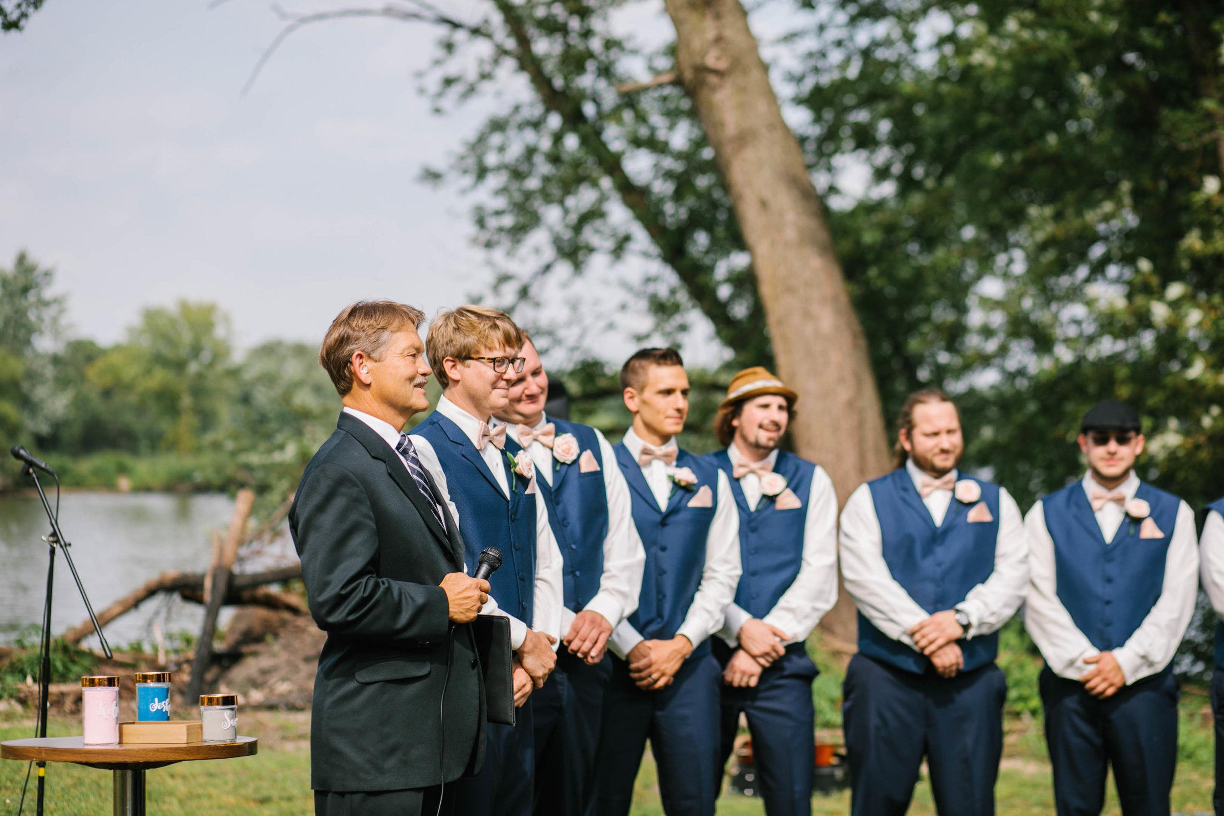 outdoor wedding ceremony northeast iowa cedar falls