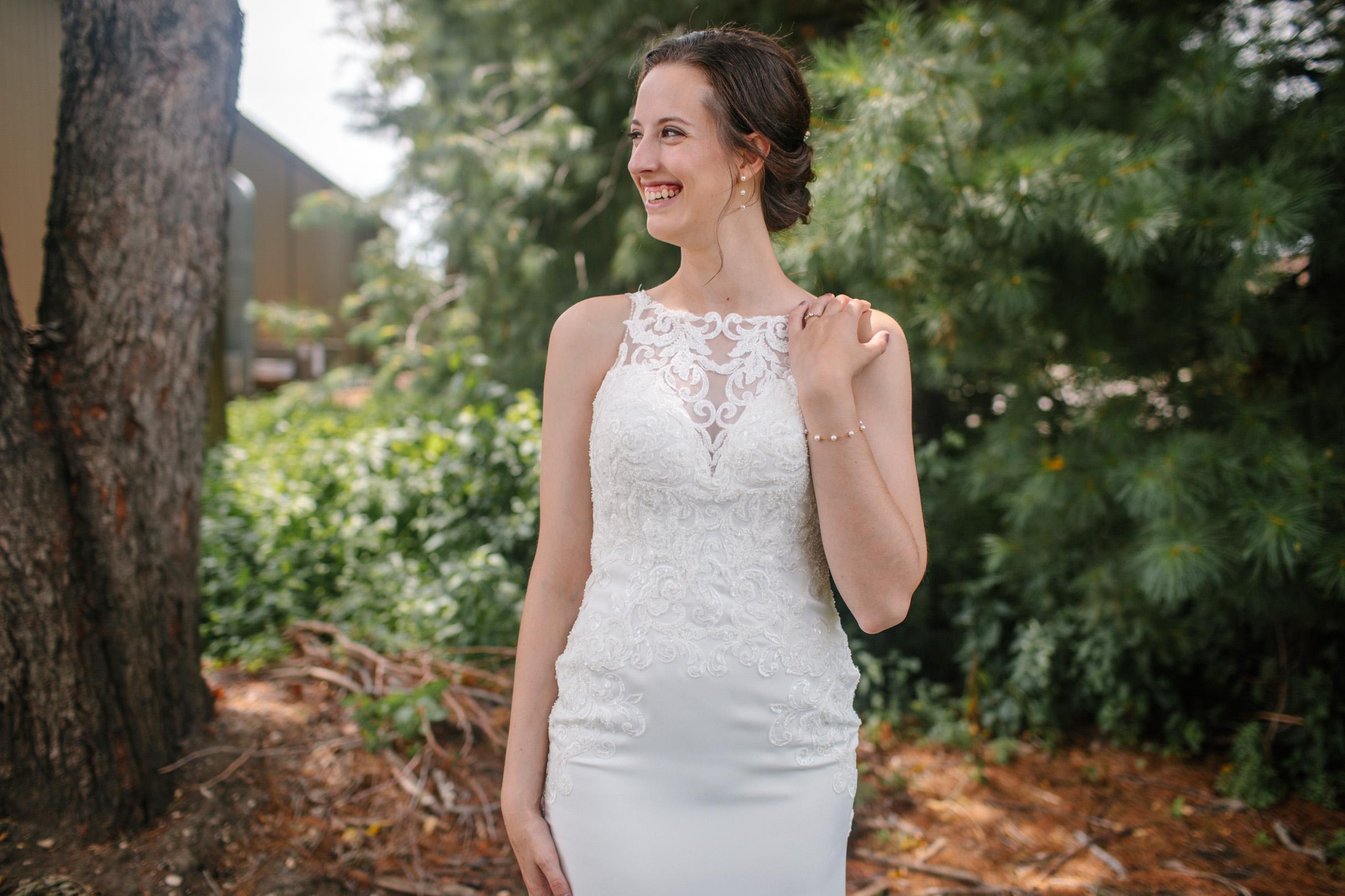 ames Iowa wedding photographer classy light and airy elegant