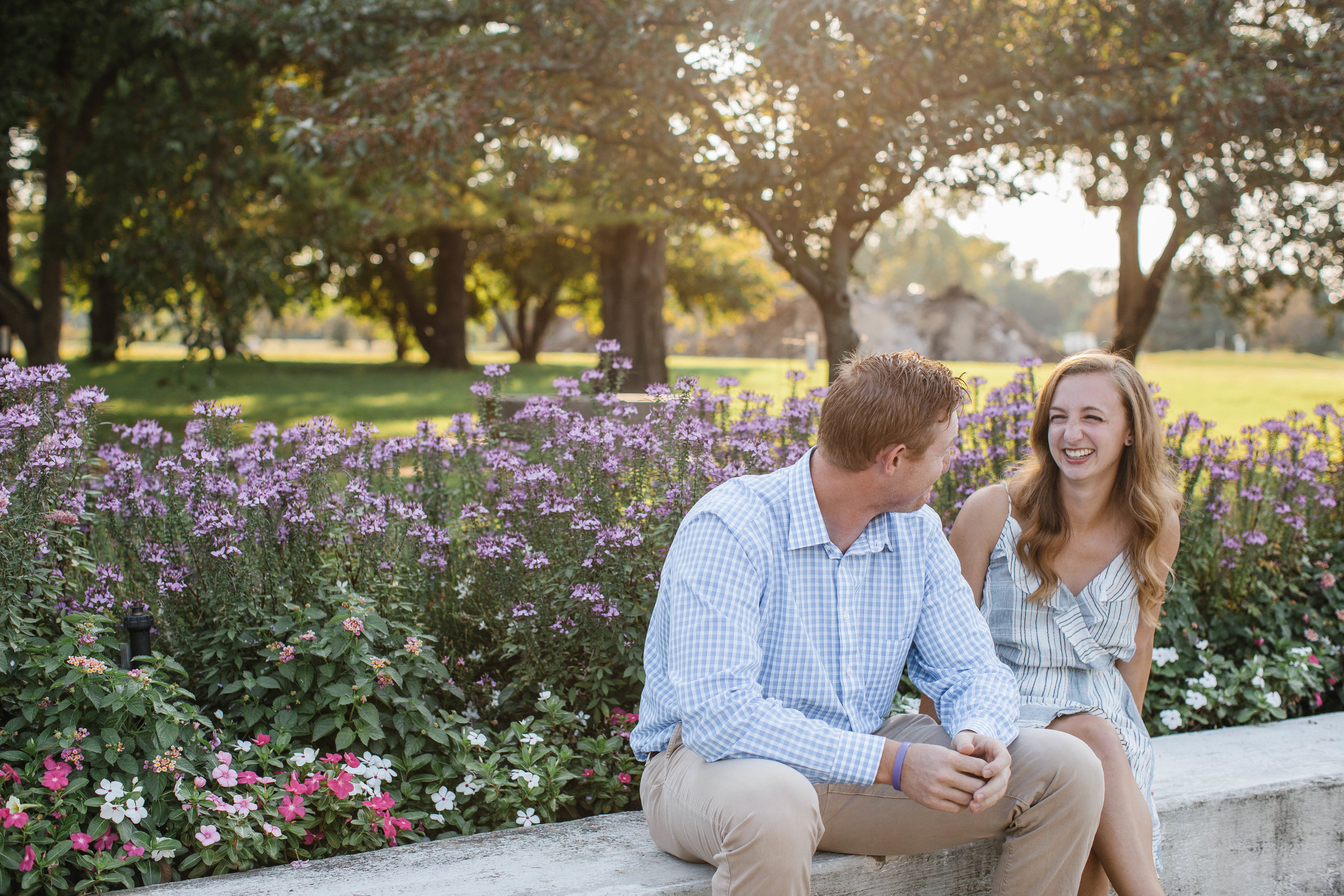 des moines wedding and engagement photographers