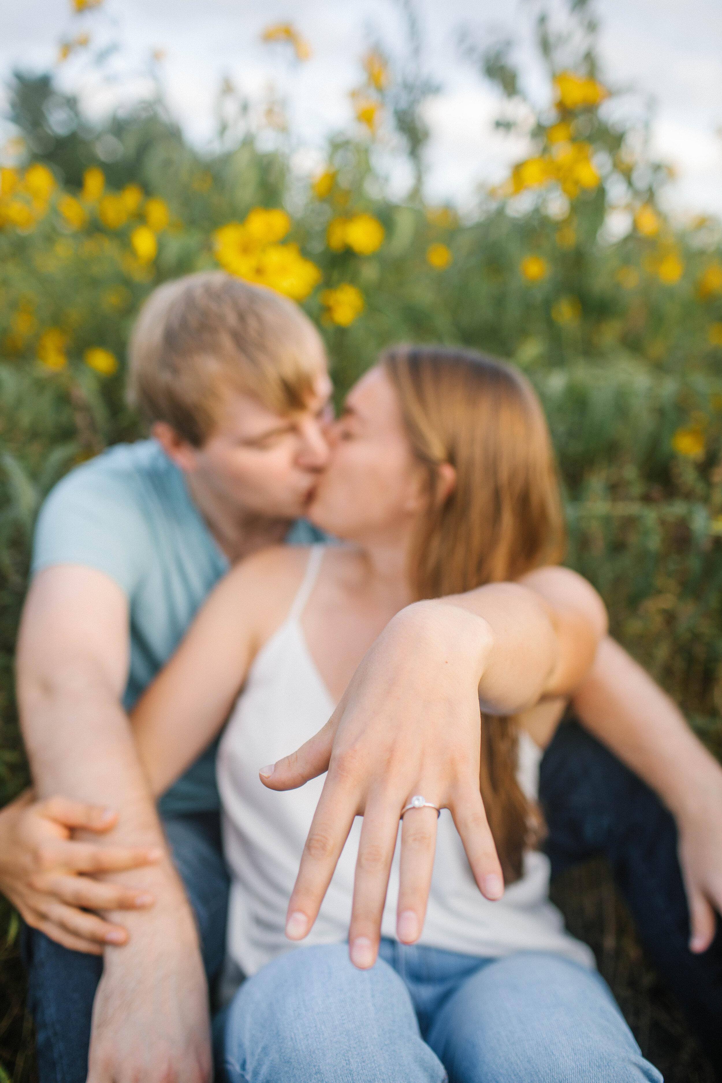 Megan_Evan_engaged-17.jpg