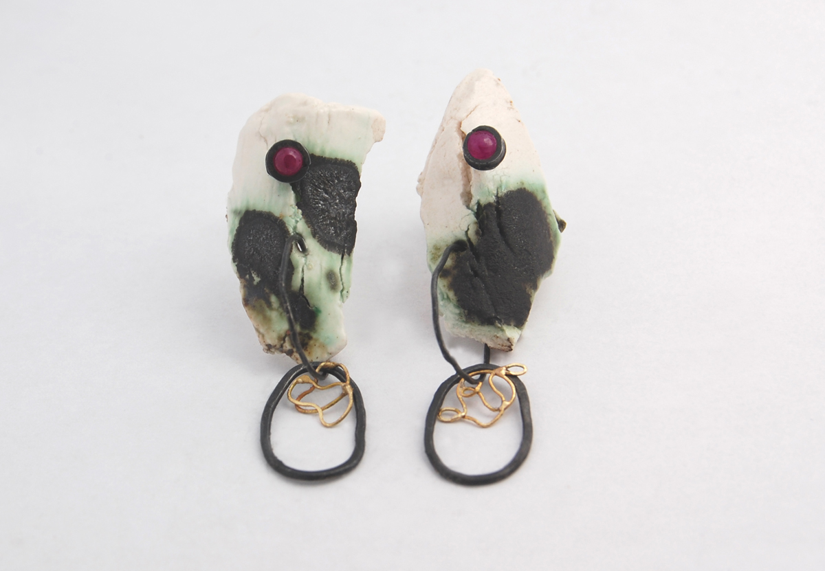 Laura Ngyou Oxidised silver porcelain ruby and 18ct gold earrings £135.jpg