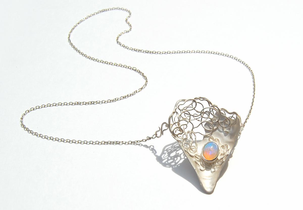 Porphyra necklace-brooch.jpg