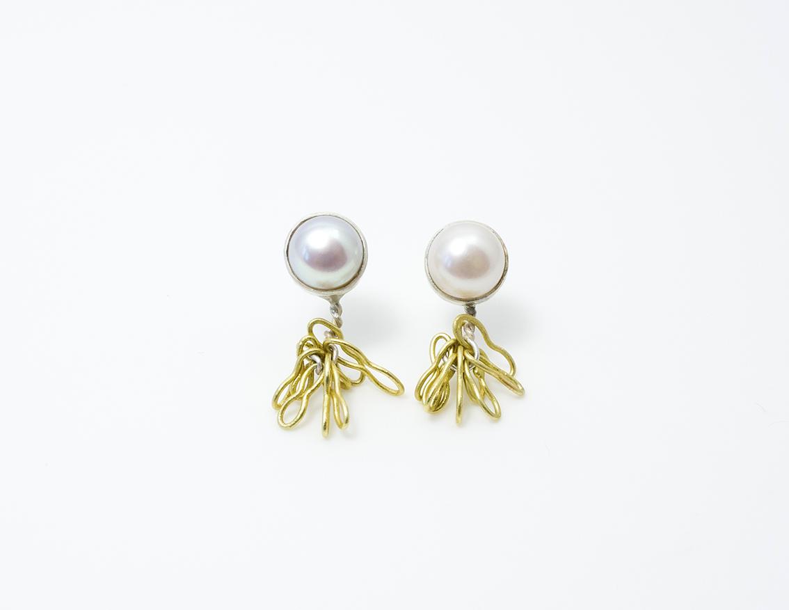 Pearl noodle earrings web.jpg