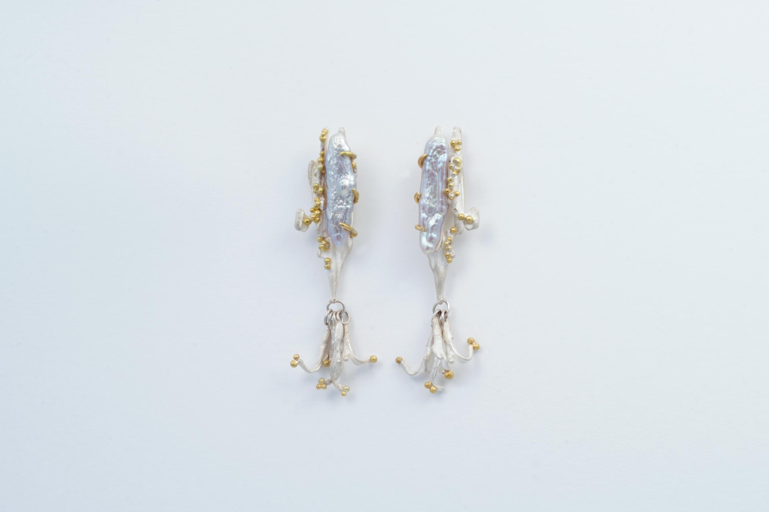 Pearl-earrings-web.jpg