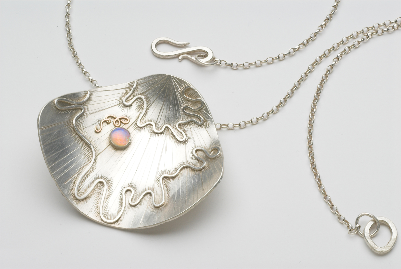 Shell-necklace-web.jpg