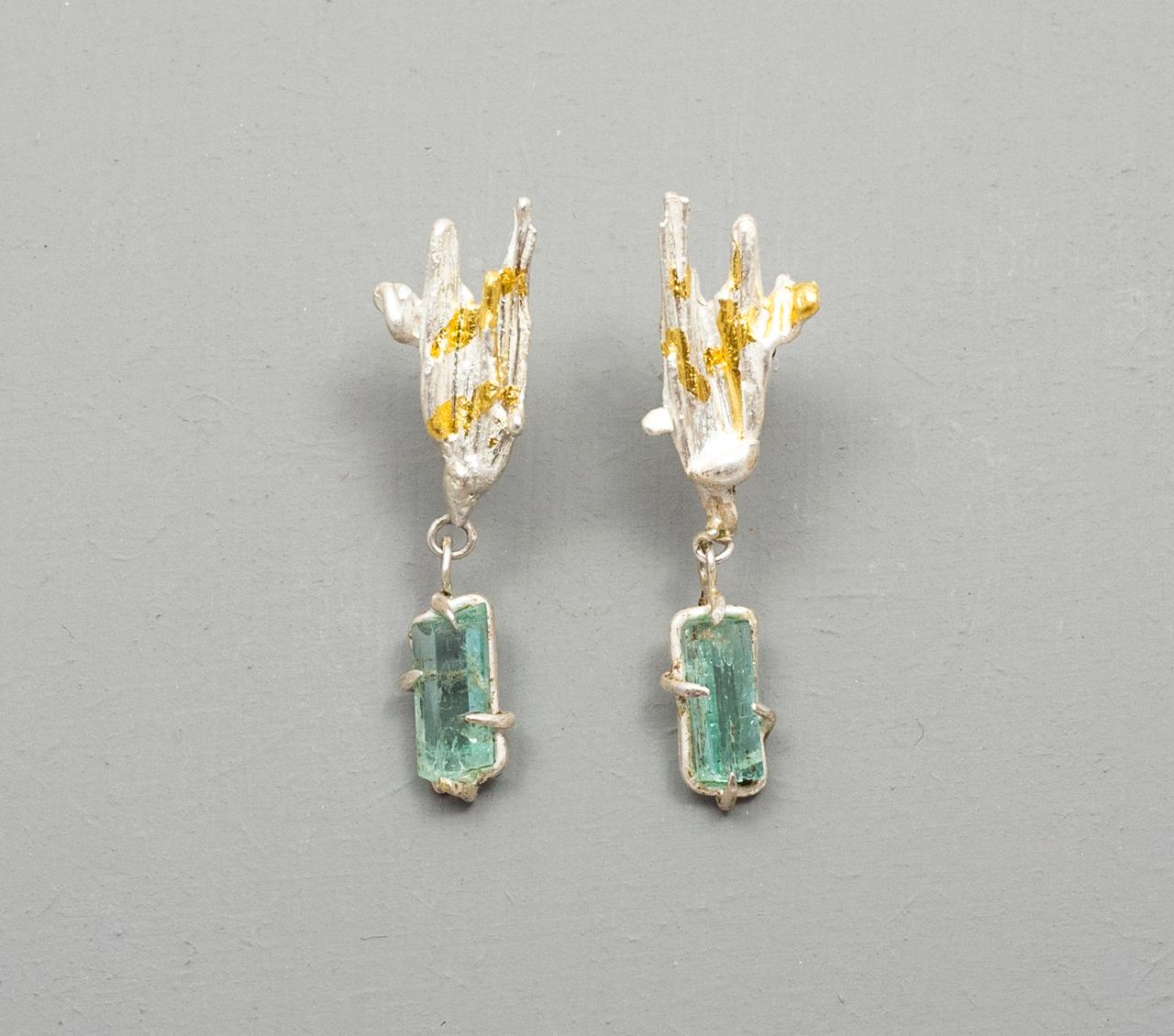 Emerald-mid-drop-earrings-web.jpg