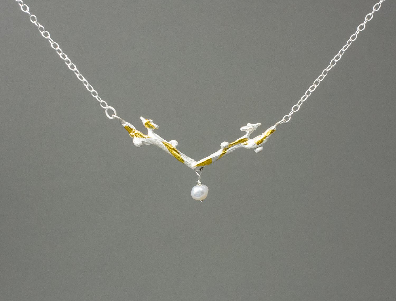 Tiny-antler-necklace-web.jpg