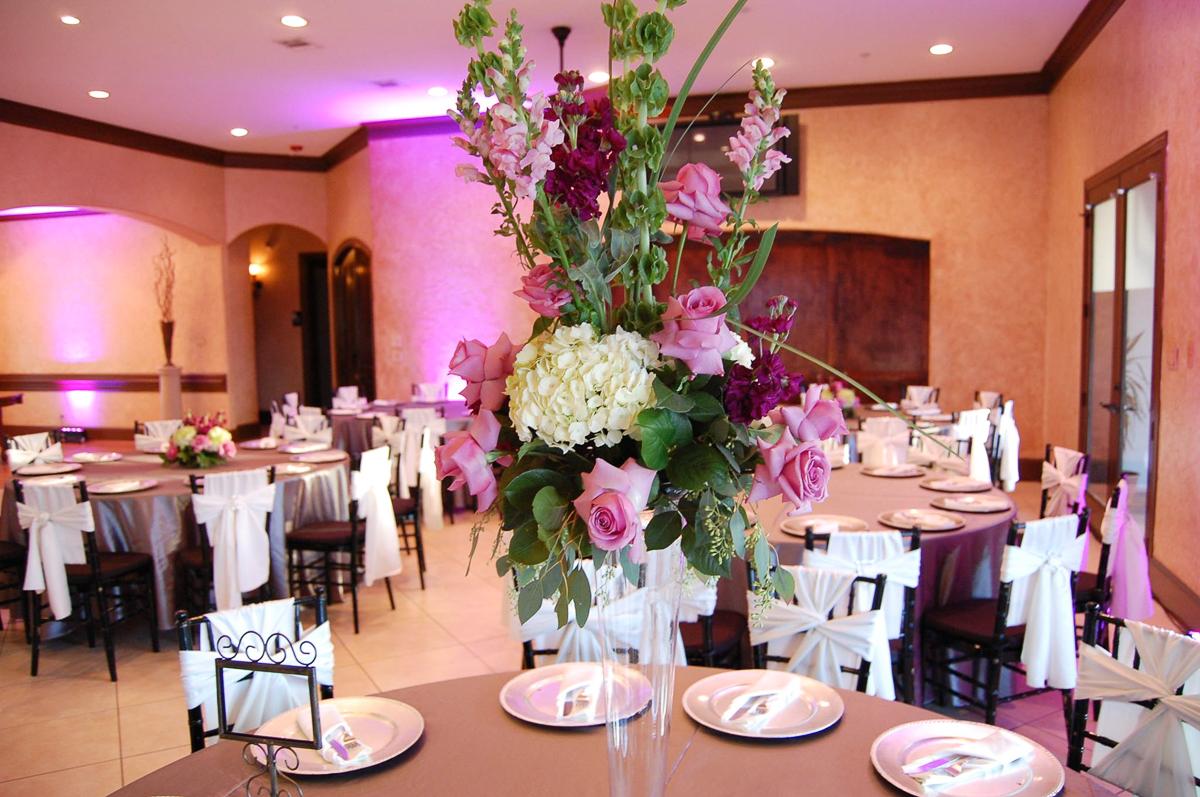 CARMENS_floral_designs_wedding_flowers_houston_008.JPG