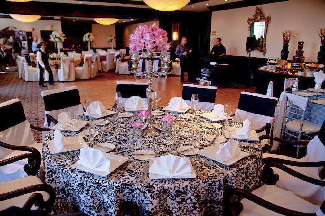 CARMENS_floral_designs_wedding_flowers_houston_016.JPG