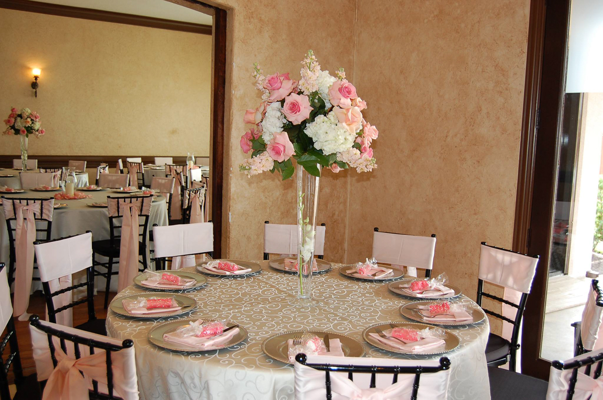 CARMENS_floral_designs_wedding_flowers_houston_021.JPG