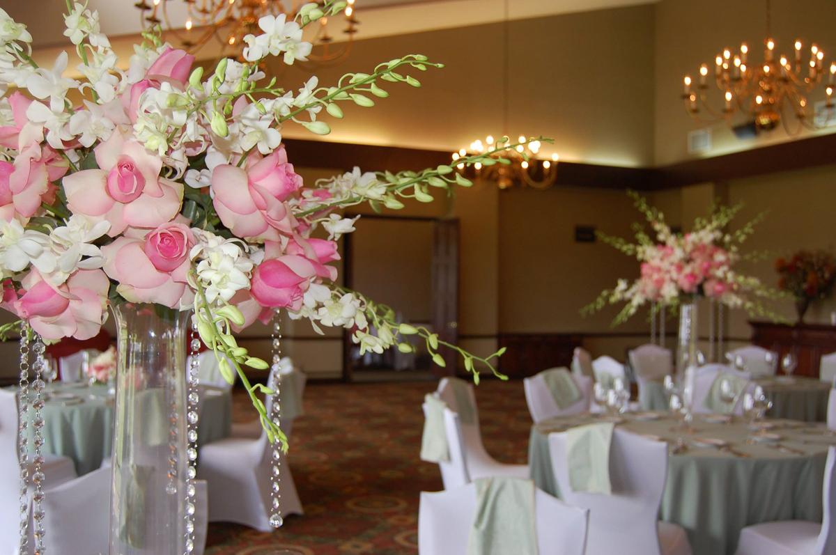 CARMENS_floral_designs_wedding_flowers_houston_026.JPG