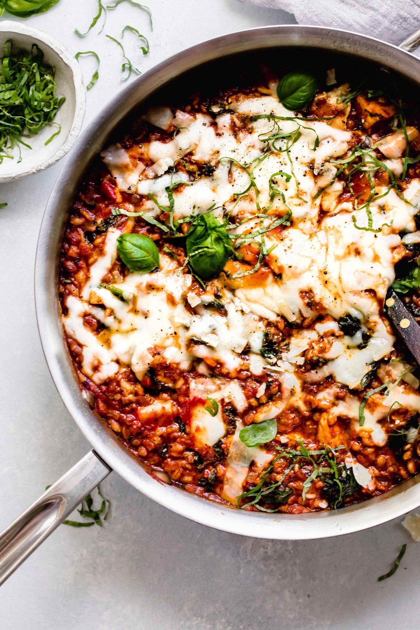 healthy-chicken-parmesan-skillet-farro