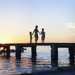 stock-photo-35577356-family-sunset-silhouettes.jpg