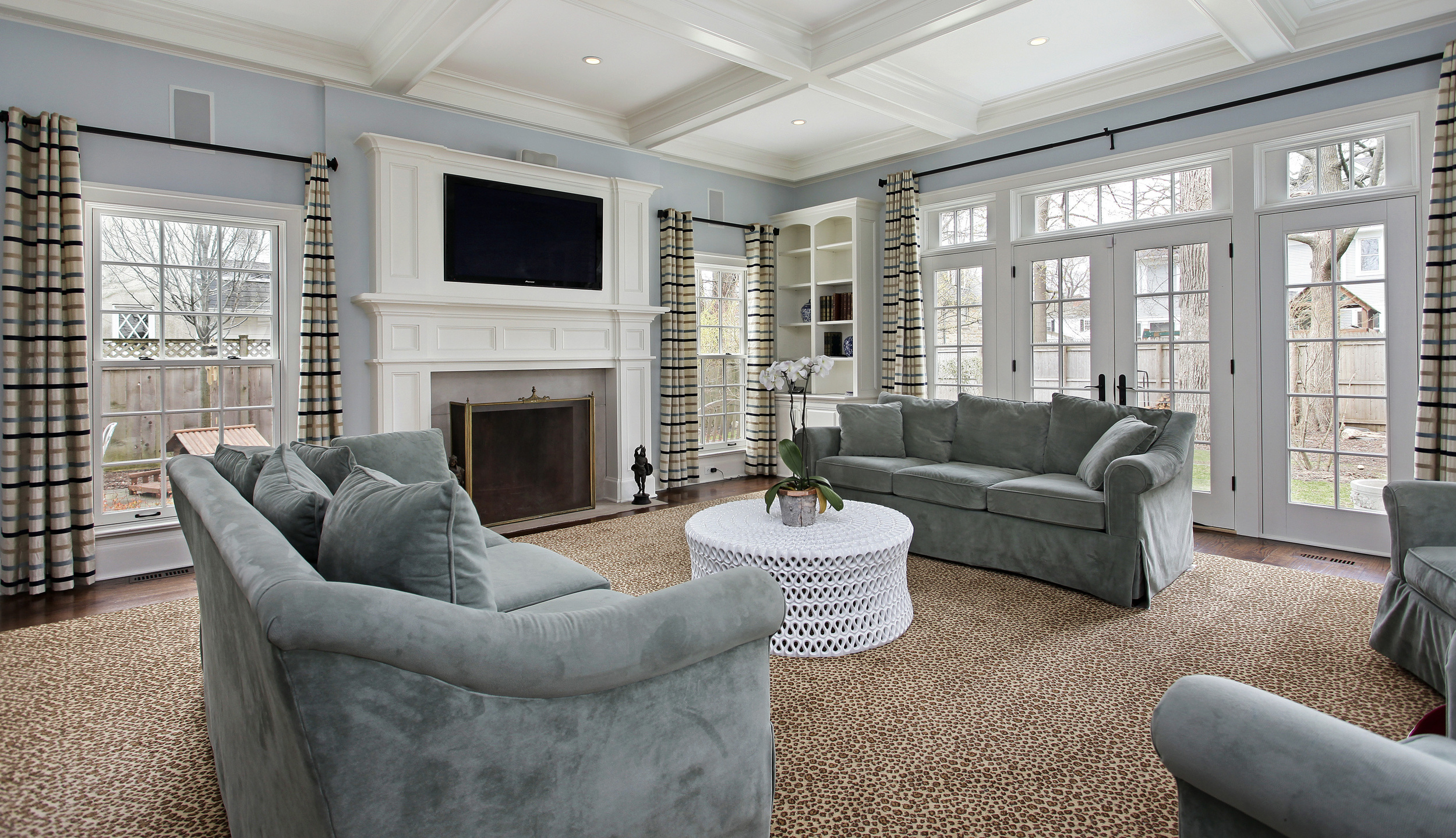 Westchester, Long Island, Queens couch upholstery