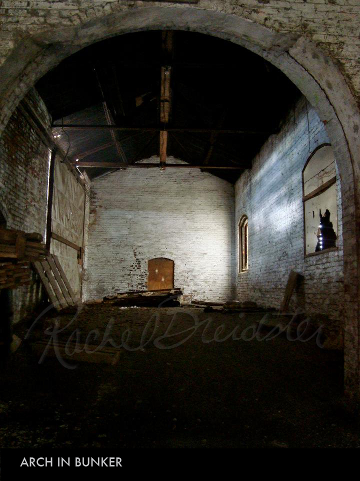 Arch in Bunker.jpg