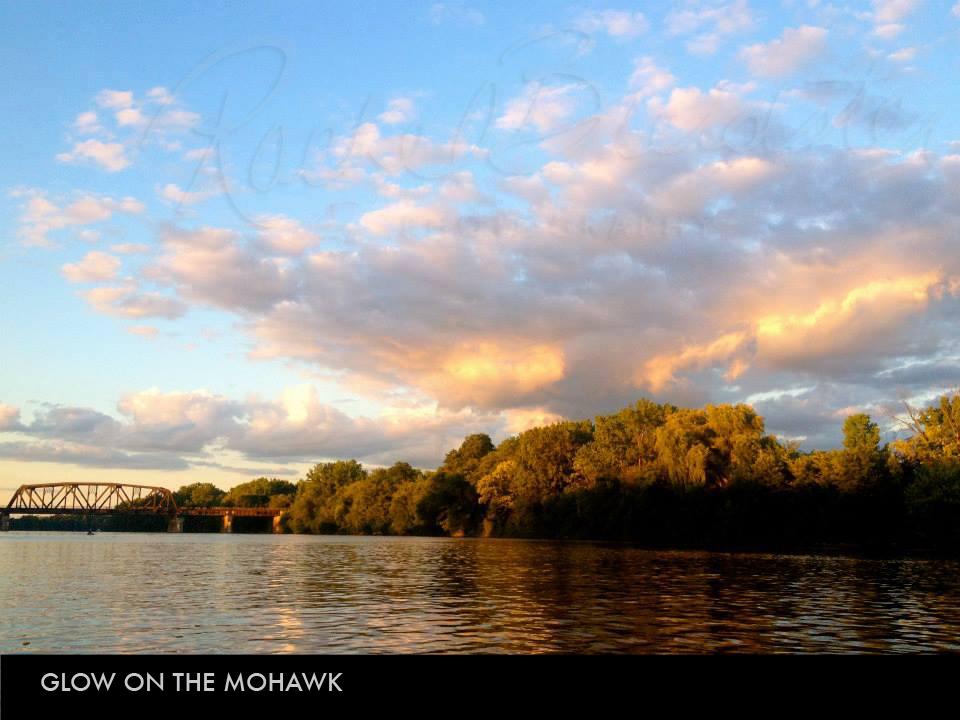 Glow-on-the-Mohawk2.jpg