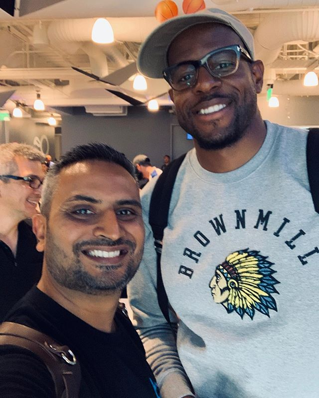 A bit blurry but who cares! I had the best time photographing this legend today. What an inspiration! Go buy his book today. #andreiguodala