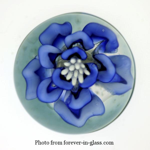 Blue-Flower-Paperweight.jpg