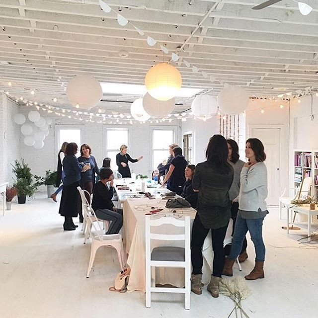 @sixtee_isthenew_fortee captured a beautiful shot of @leslieshewring beautifully styled space from the last wreath making workshop with @cultivatedbychristin  We can't wait to return here for @moonrise_creative Instagram Workshop with @lee_kristine @wholeheartedeats and Leslie next month.  @snpfox will be preparing a wonderful organic meal to fuel us as we power through the day learning about Instagram  #community #creativepreneur #instagram #creativityfound